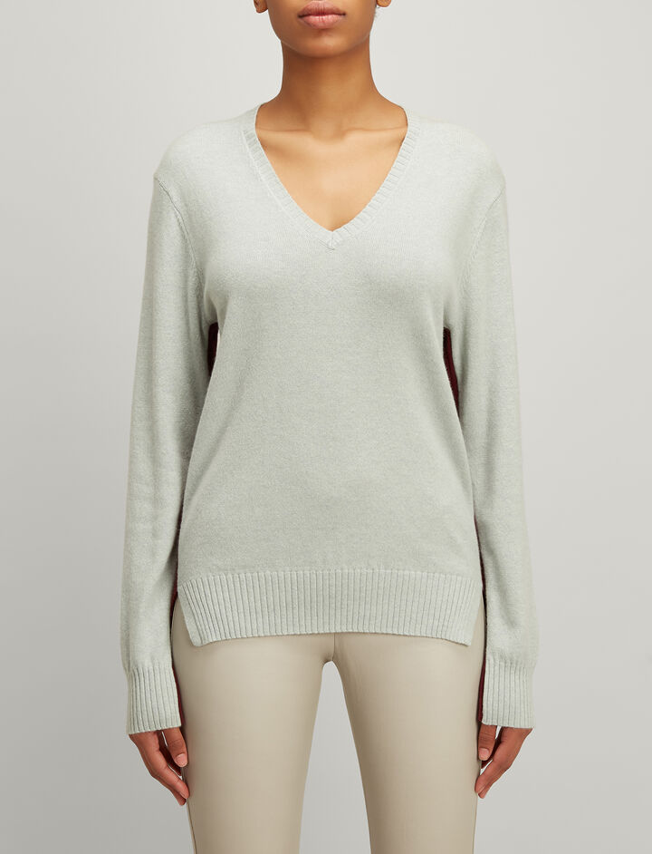 Joseph, Mongolian Cashmere V Neck Sweater, in WATERGREEN