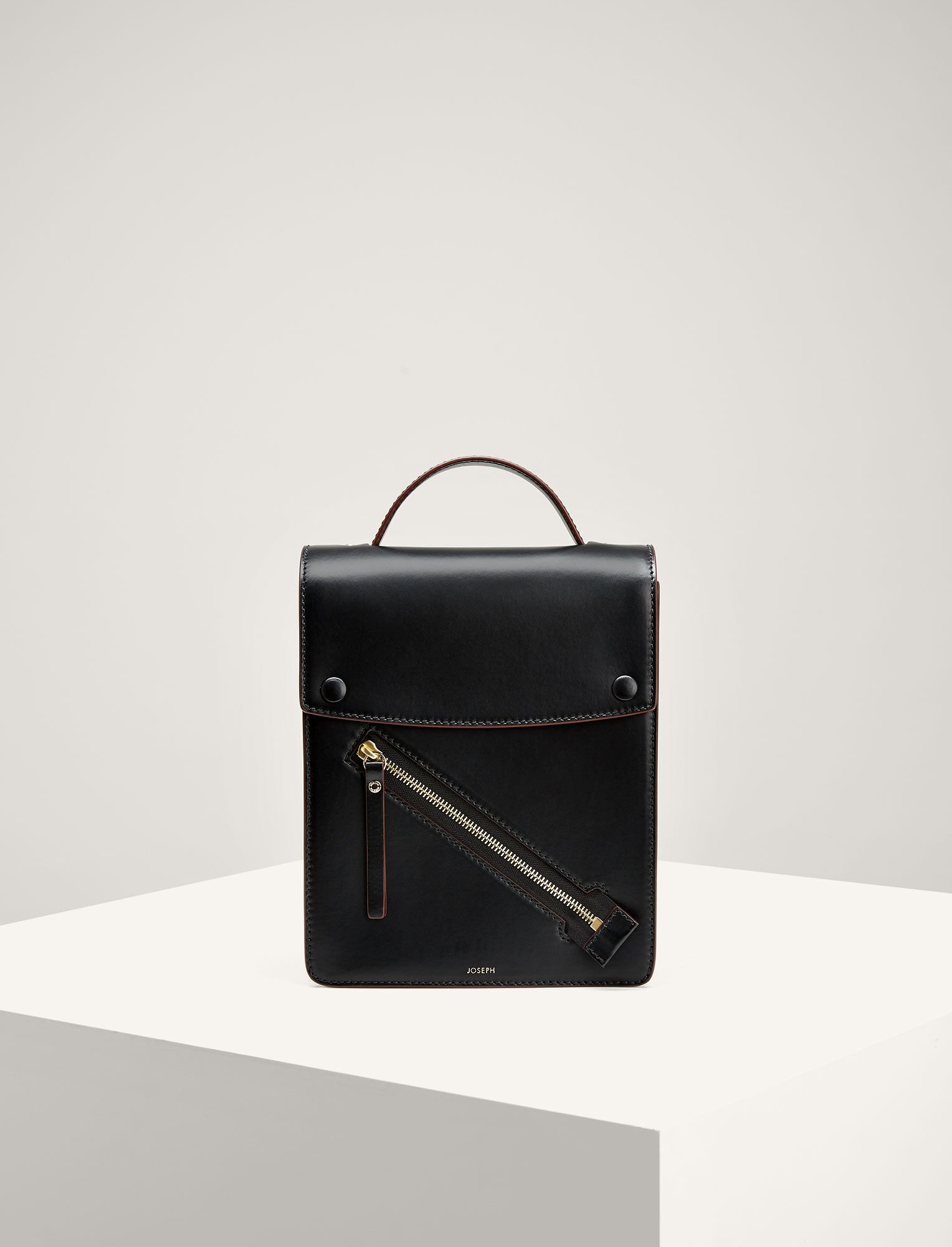 Joseph, Leather Kings Bag, in BLACK