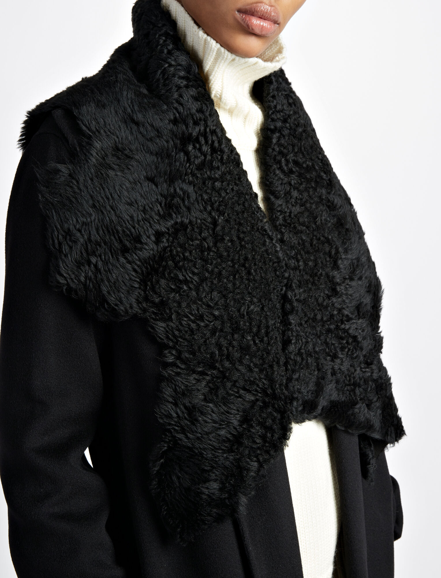 Island Merinos Toscana Scarf, in BLACK, large | on Joseph