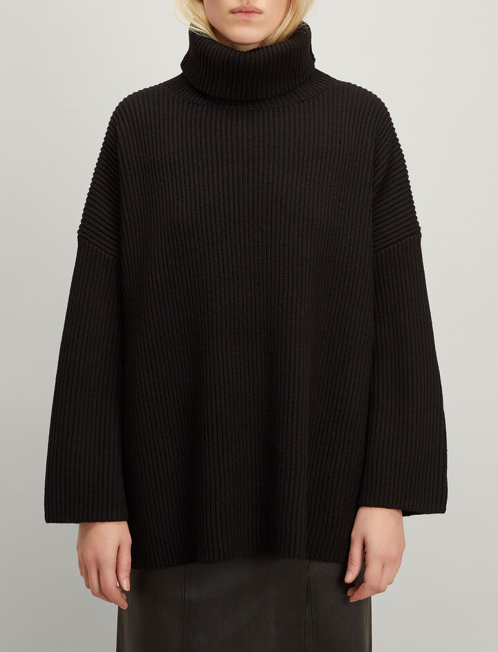 Cardigan Stitch Poncho, in BLACK, large | on Joseph