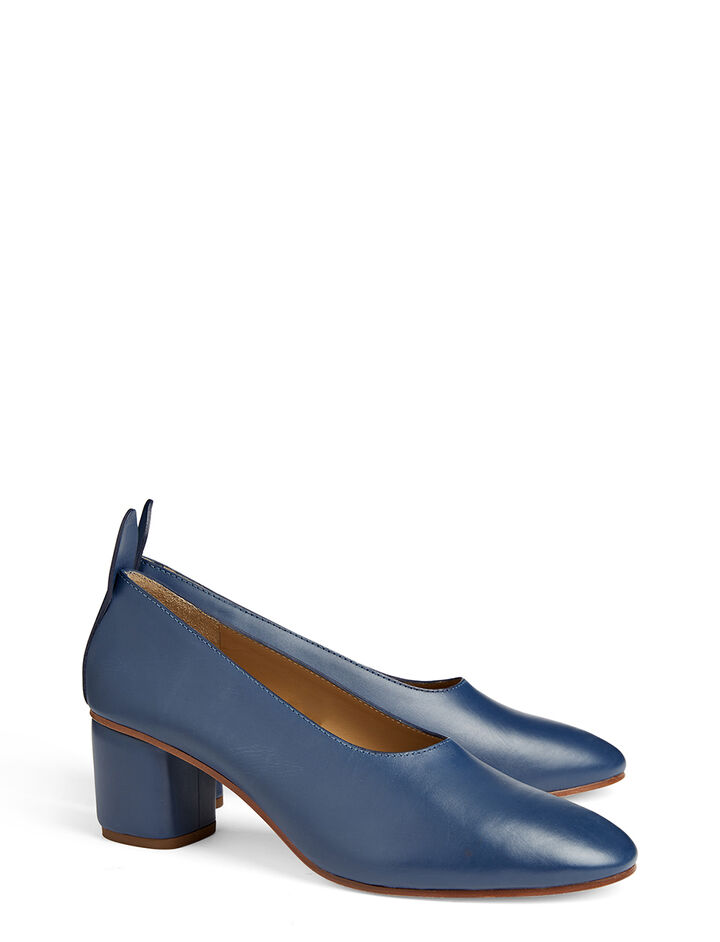 Cuir de Veau Pump, in NAVY, large | on Joseph