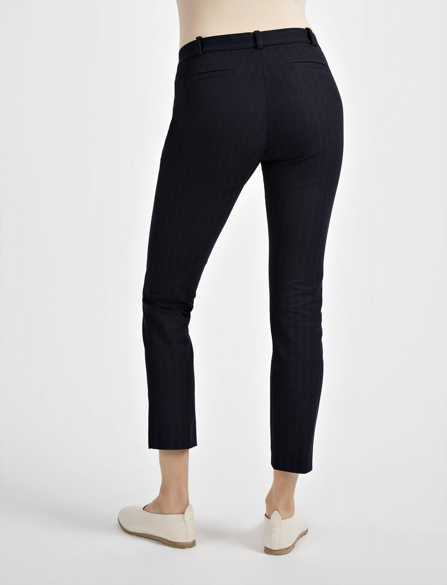Joseph, Gabardine Stretch Jacquard New Eliston Trouser, in NAVY