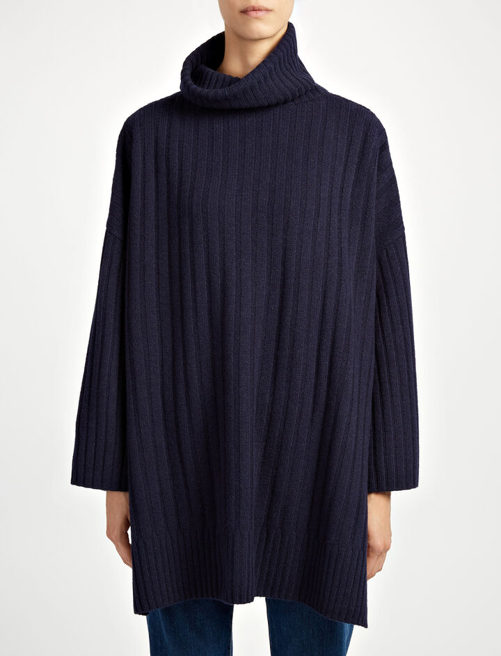 Soft Wool Poncho, in NAVY, large | on Joseph