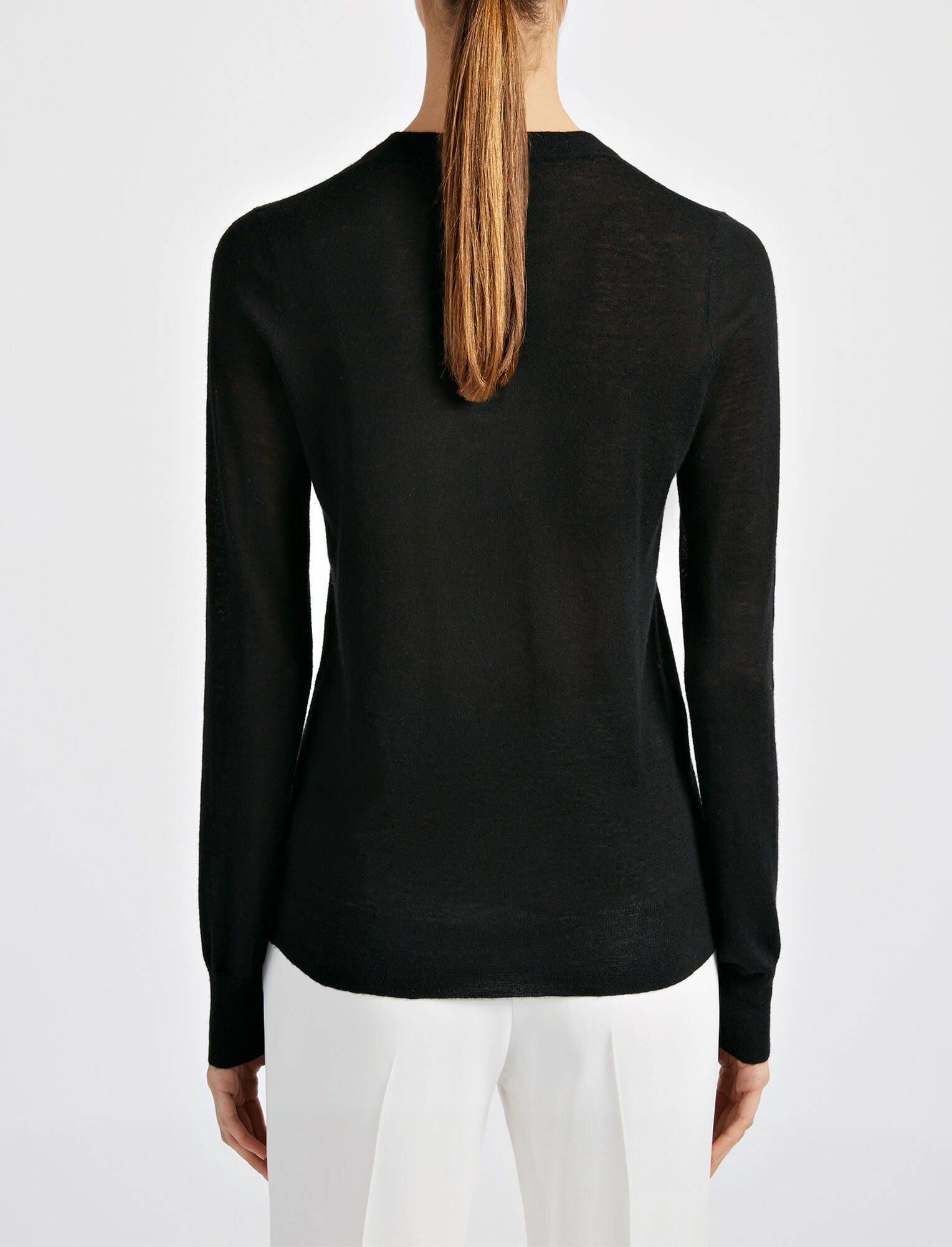 Joseph, Fitted Cashair Sweater, in BLACK