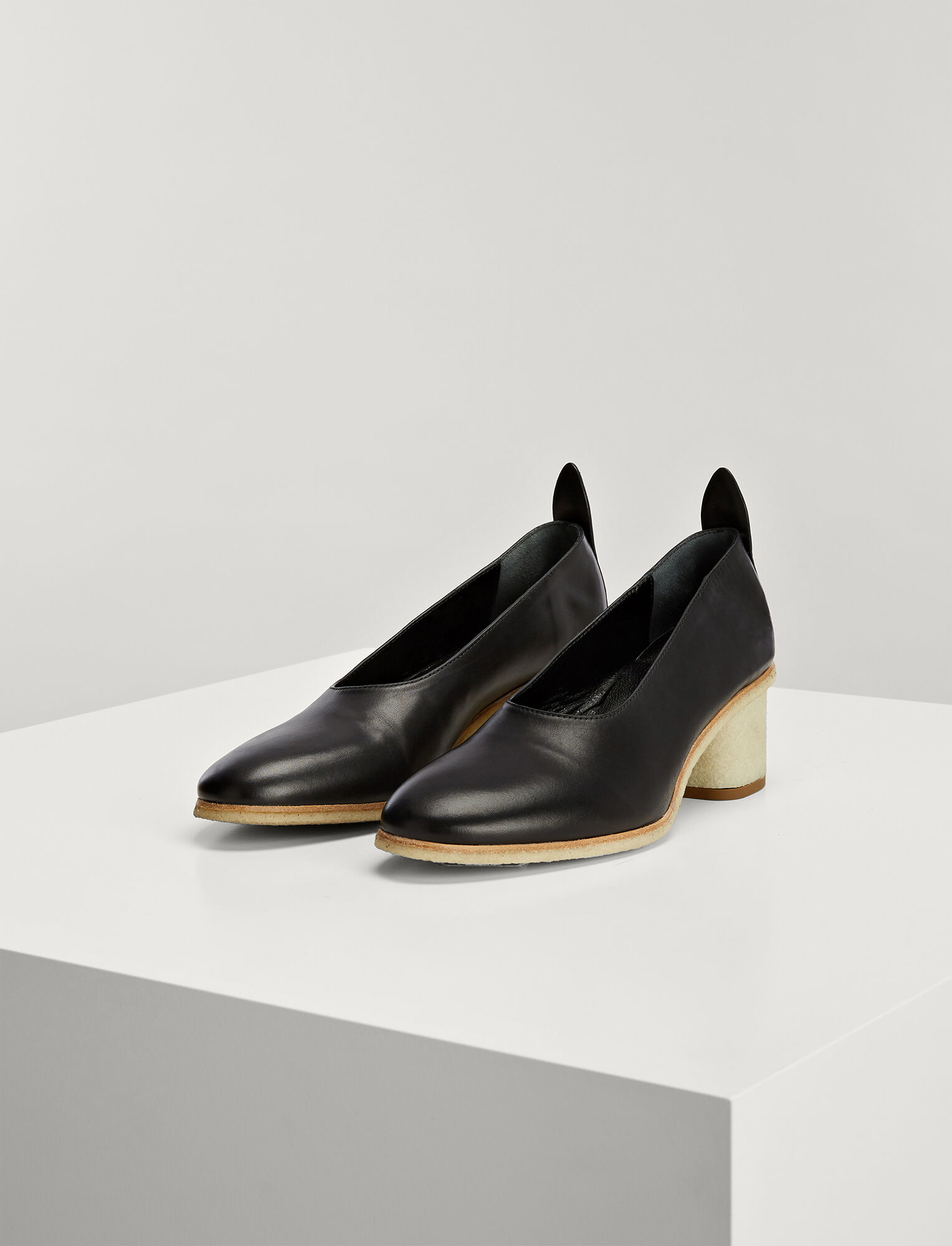 Joseph, Calf Leather Pump, in BLACK