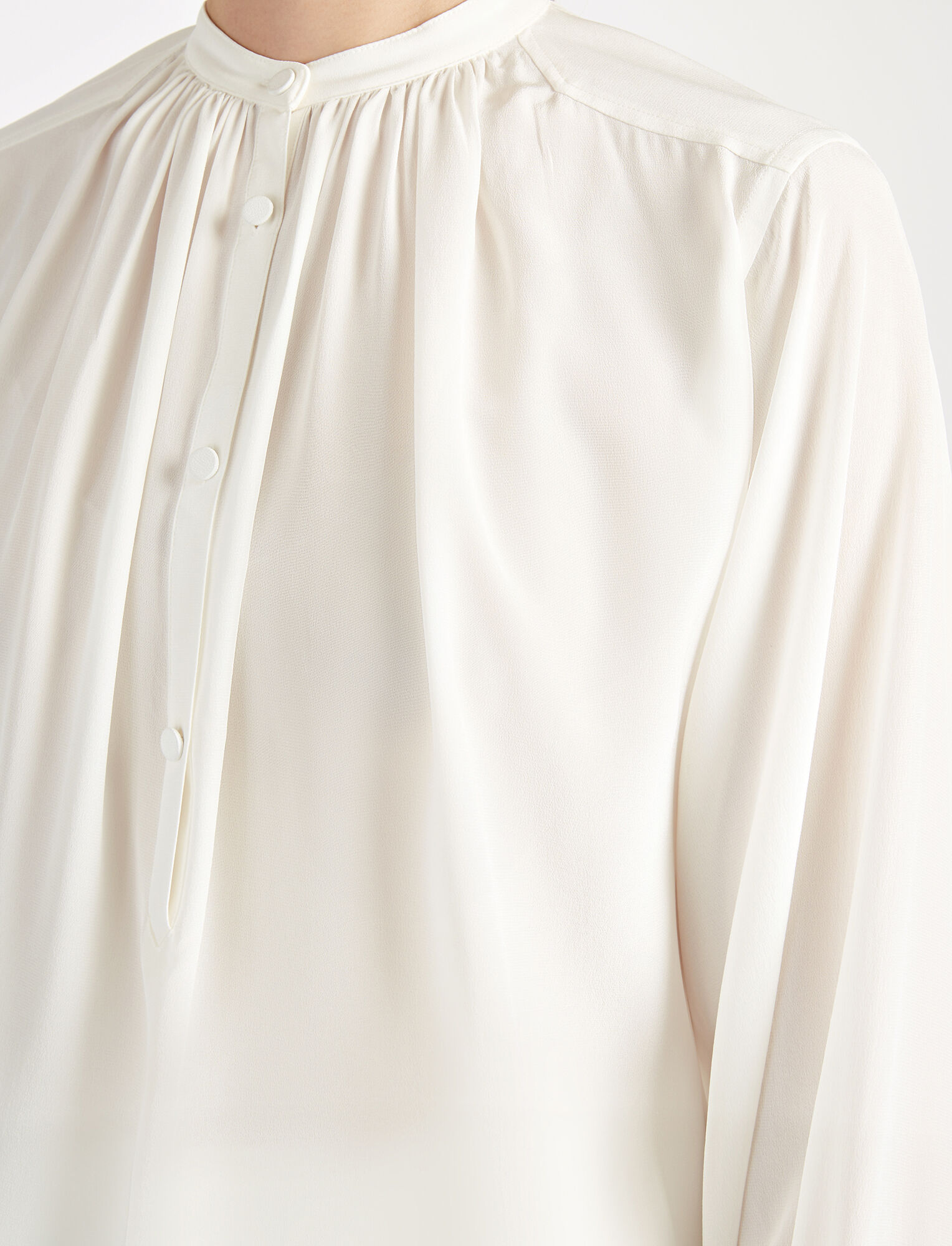 Joseph, Crepe de Chine Vita Top, in OFF WHITE