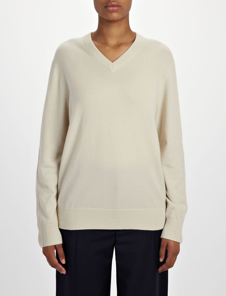 Joseph, Mongolian Cashmere V Neck Sweater, in ECRU
