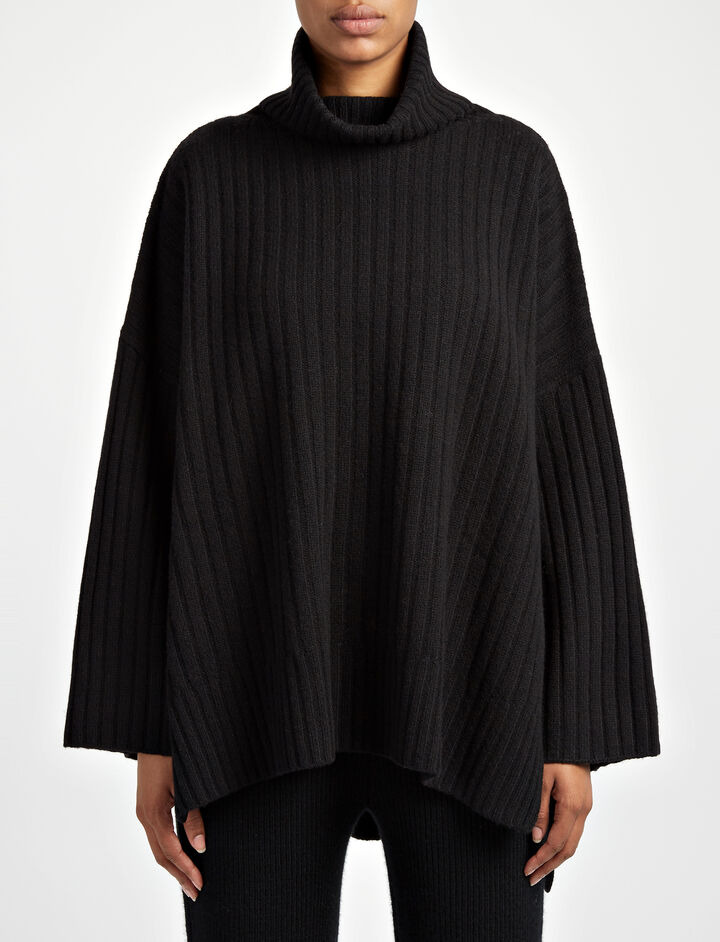 Soft Wool Poncho, in BLACK, large | on Joseph