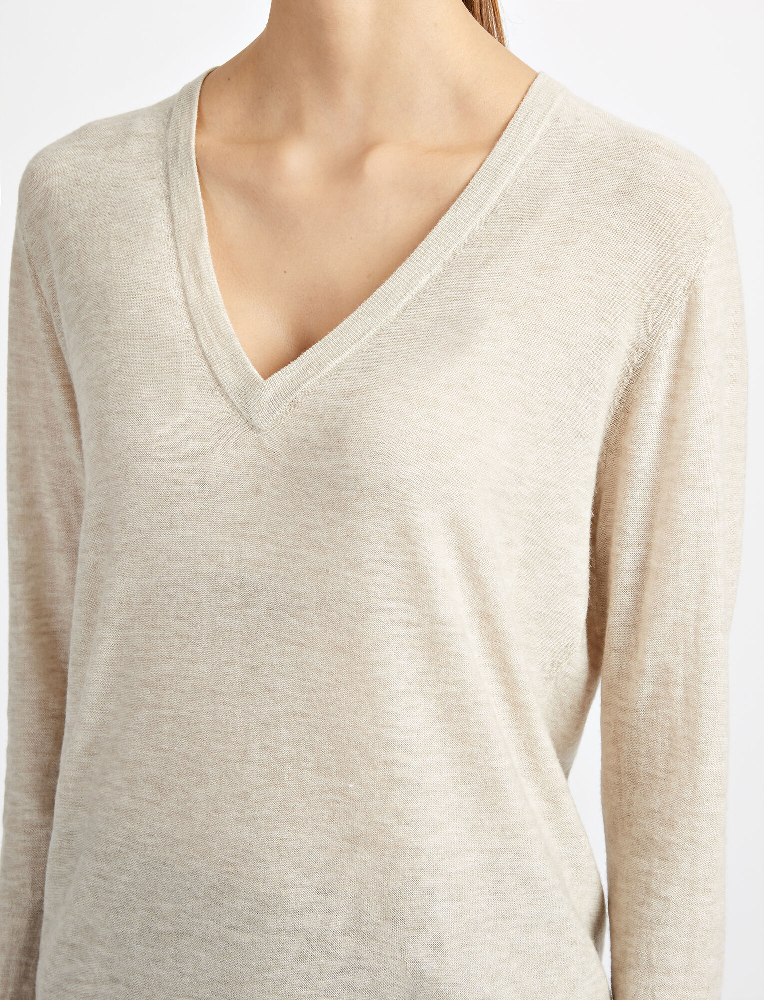 Joseph, Cashair V Neck Sweater, in HEMP