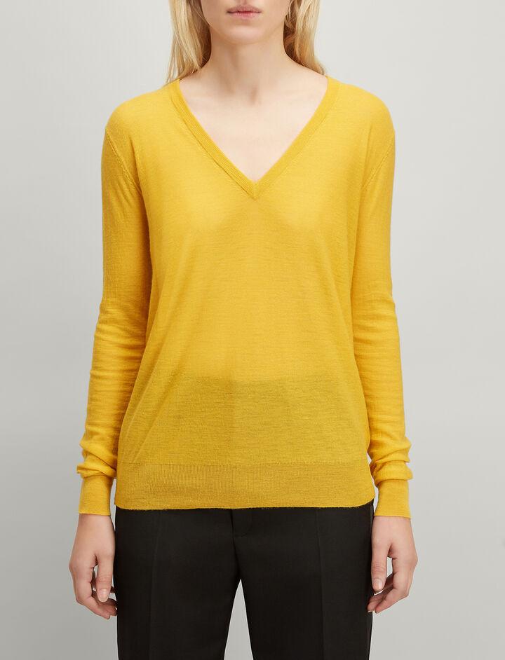 Cashair V Neck Sweater, in DANDELION, large | on Joseph