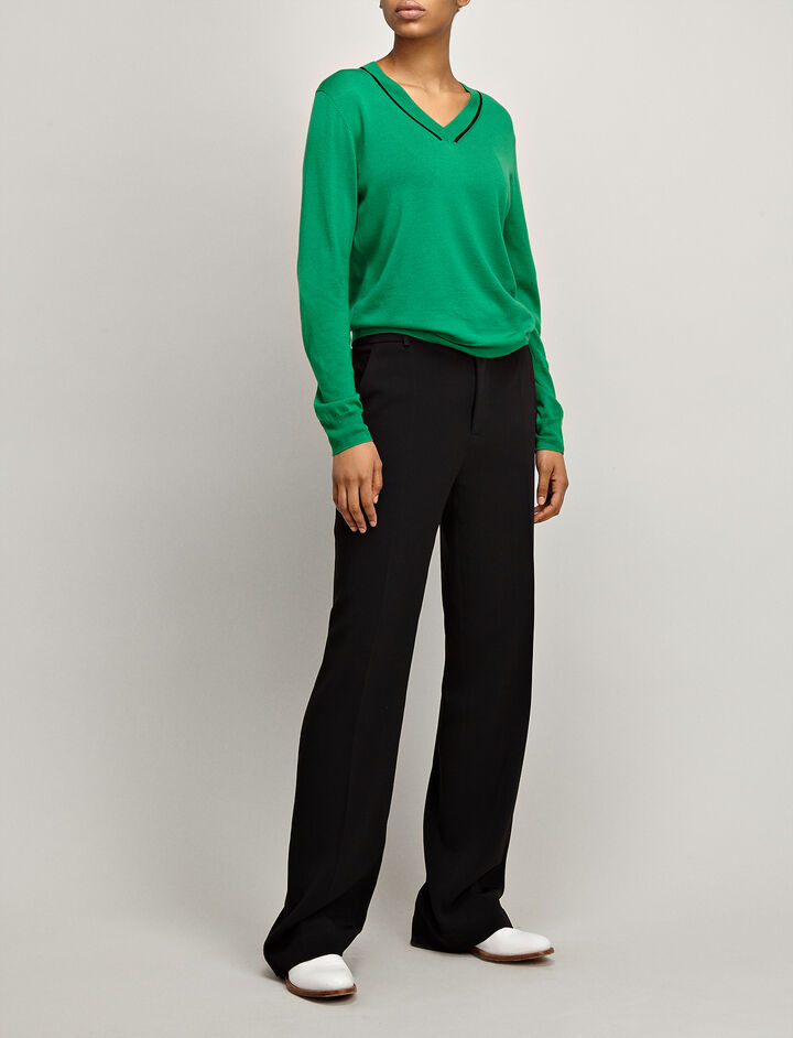 Fine Merinos V Neck Sweater, in EMERALD, large | on Joseph