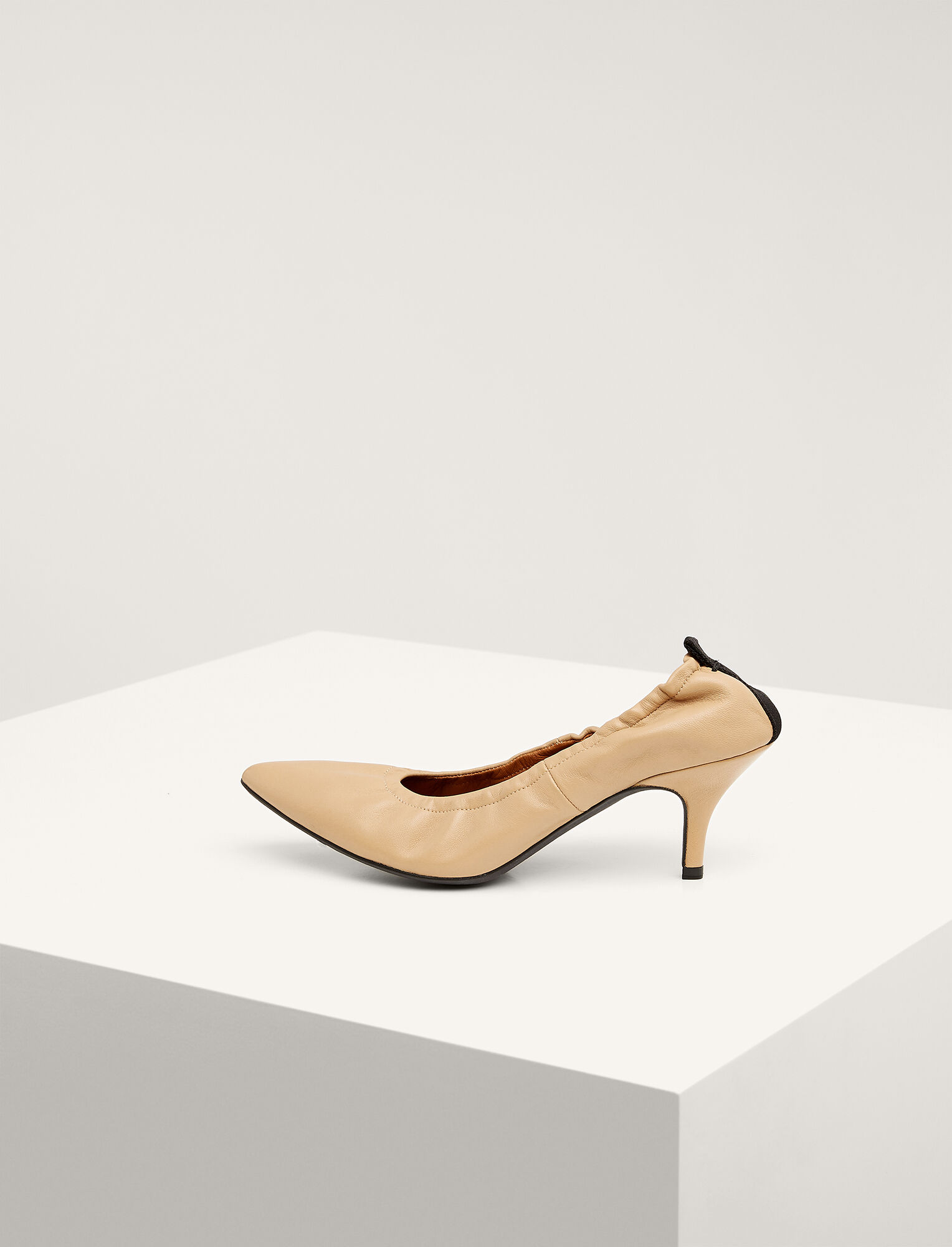 Joseph, Dallin Kitten Heel Pump, in CAMEL