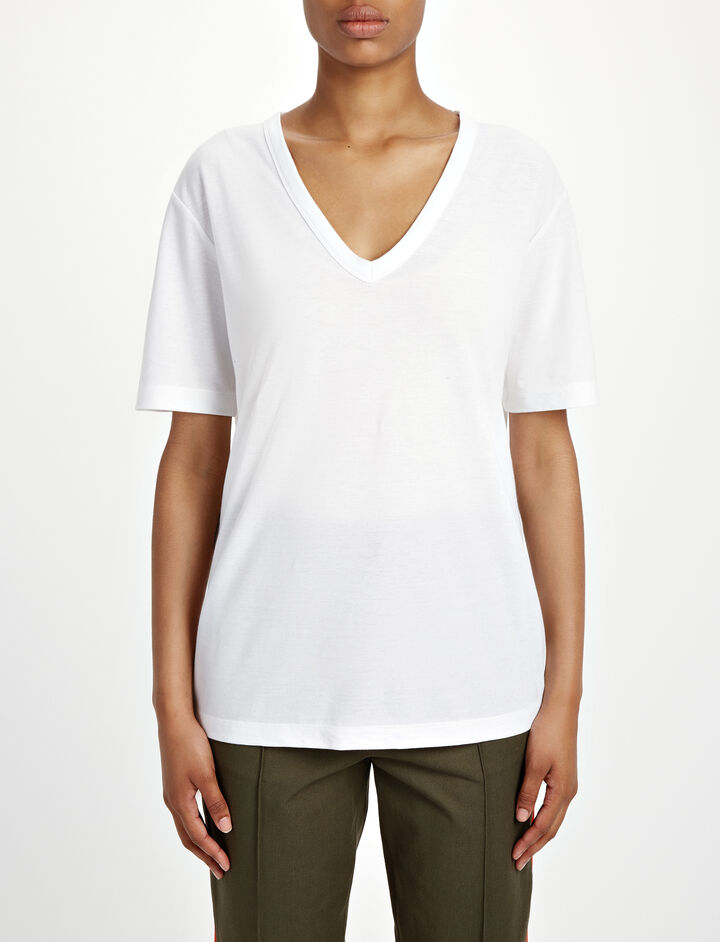 Everyday V Neck Tee, in WHITE, large | on Joseph