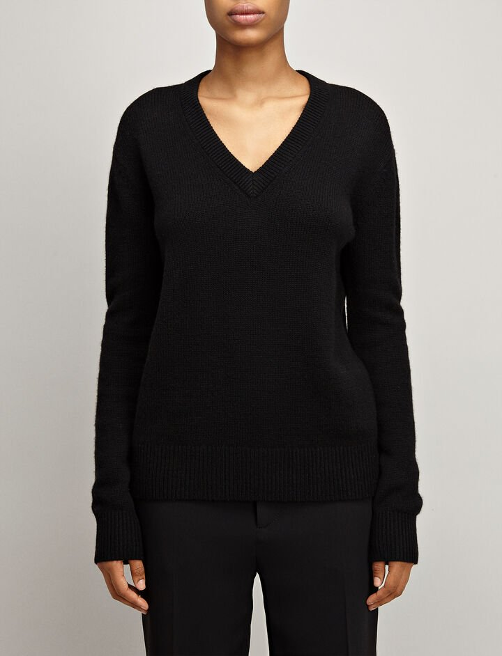 Open Cashmere V Neck Sweater, in BLACK, large | on Joseph