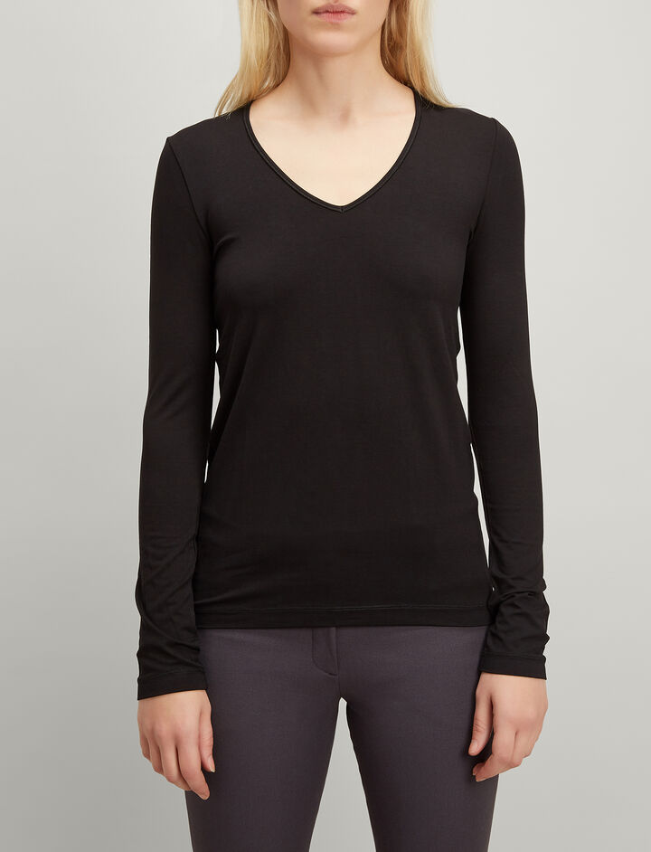Joseph, Stretch Jersey V Neck Tee, in BLACK