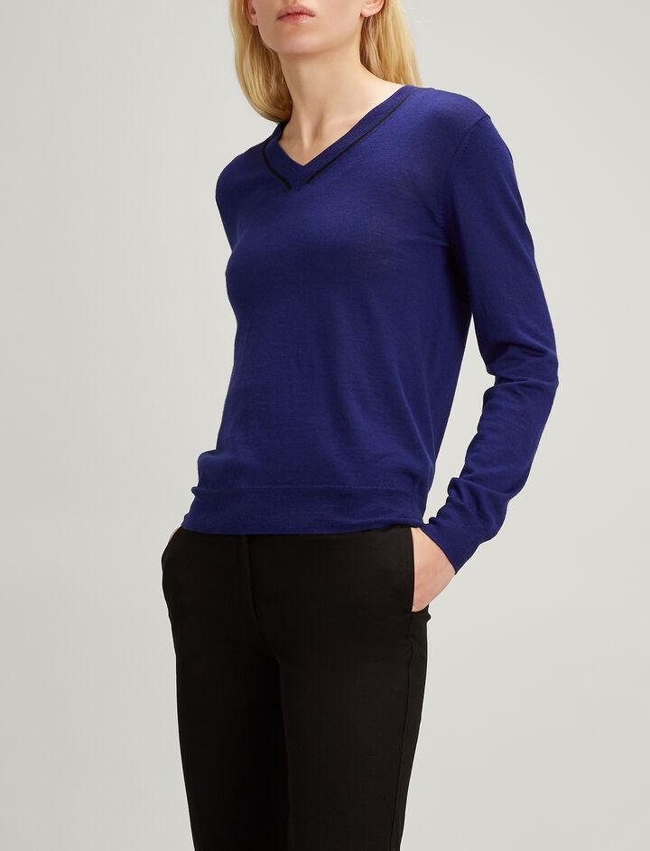 Fine Merinos V Neck Sweater, in MARINE, large | on Joseph