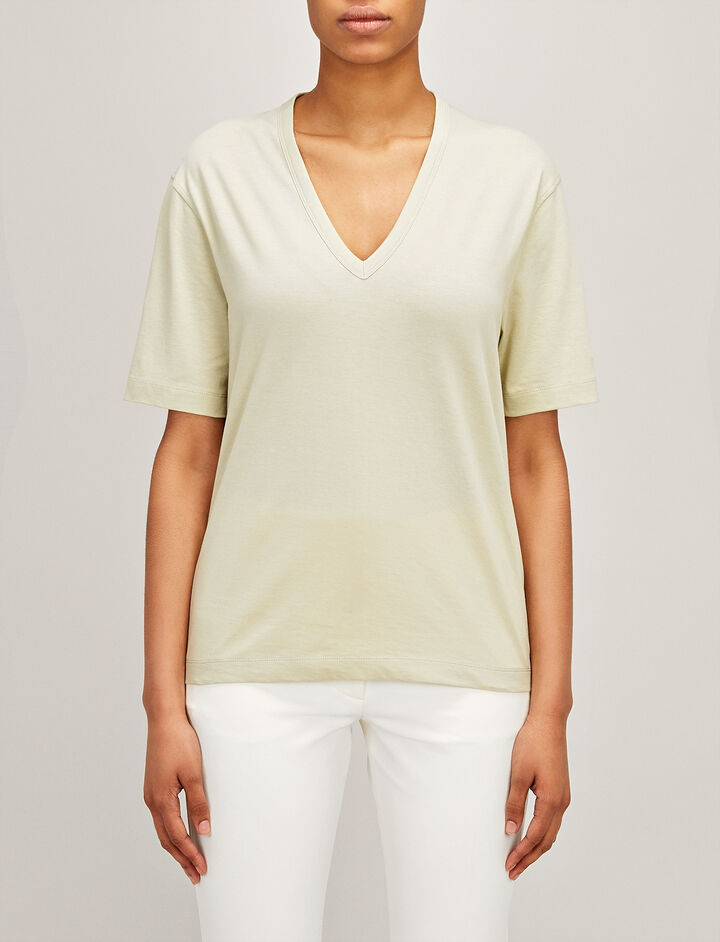 Mercerized Jersey V Neck Tee, in PEA, large | on Joseph
