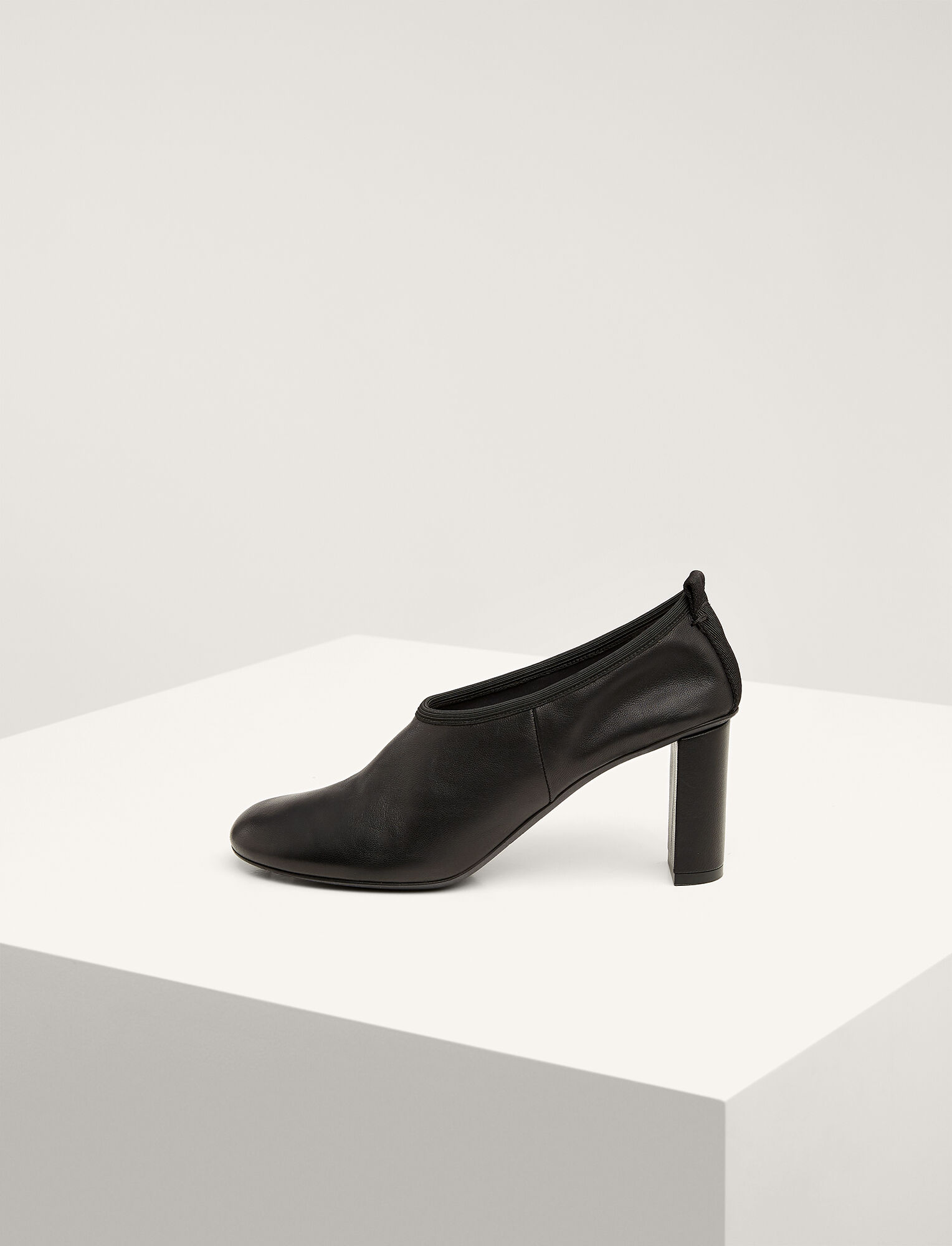 Joseph, Ty Block Heel Pump, in BLACK