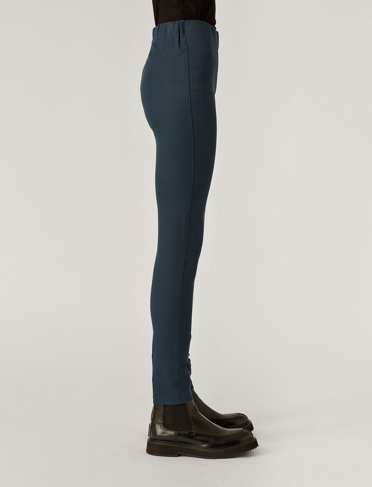 Joseph, Gabardine Stretch Legging, in Petrol