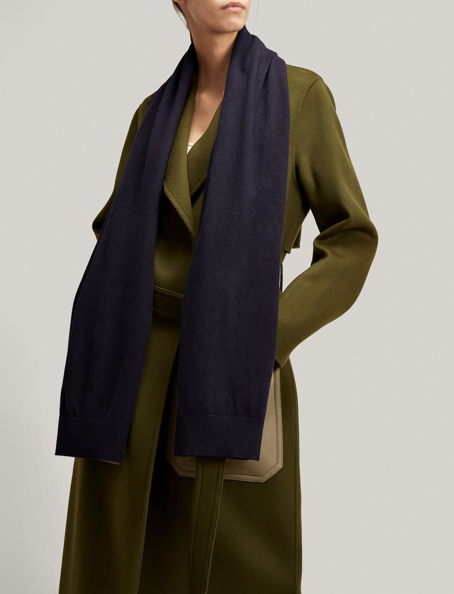 Joseph, Mongolian Cashmere Scarf, in NAVY