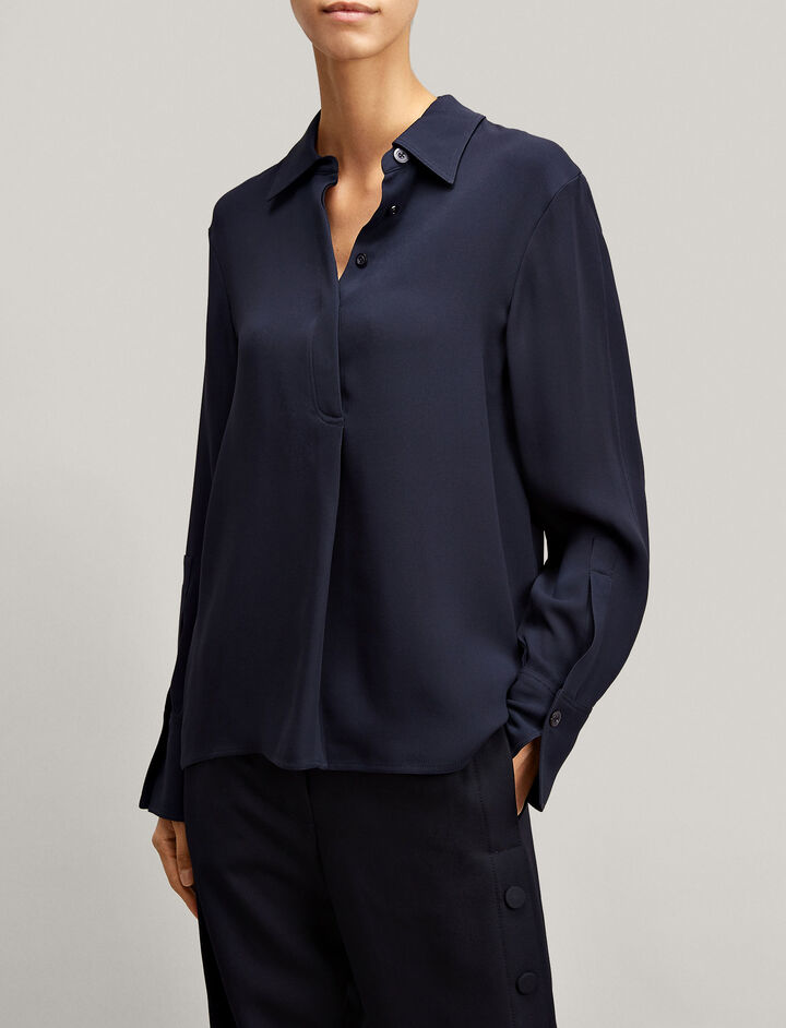Joseph, Cart Crepe Silk Blouse, in NAVY
