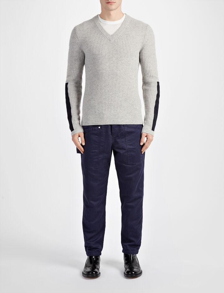 Joseph, Military Cashmere V Neck Sweater, in GREY CHINE