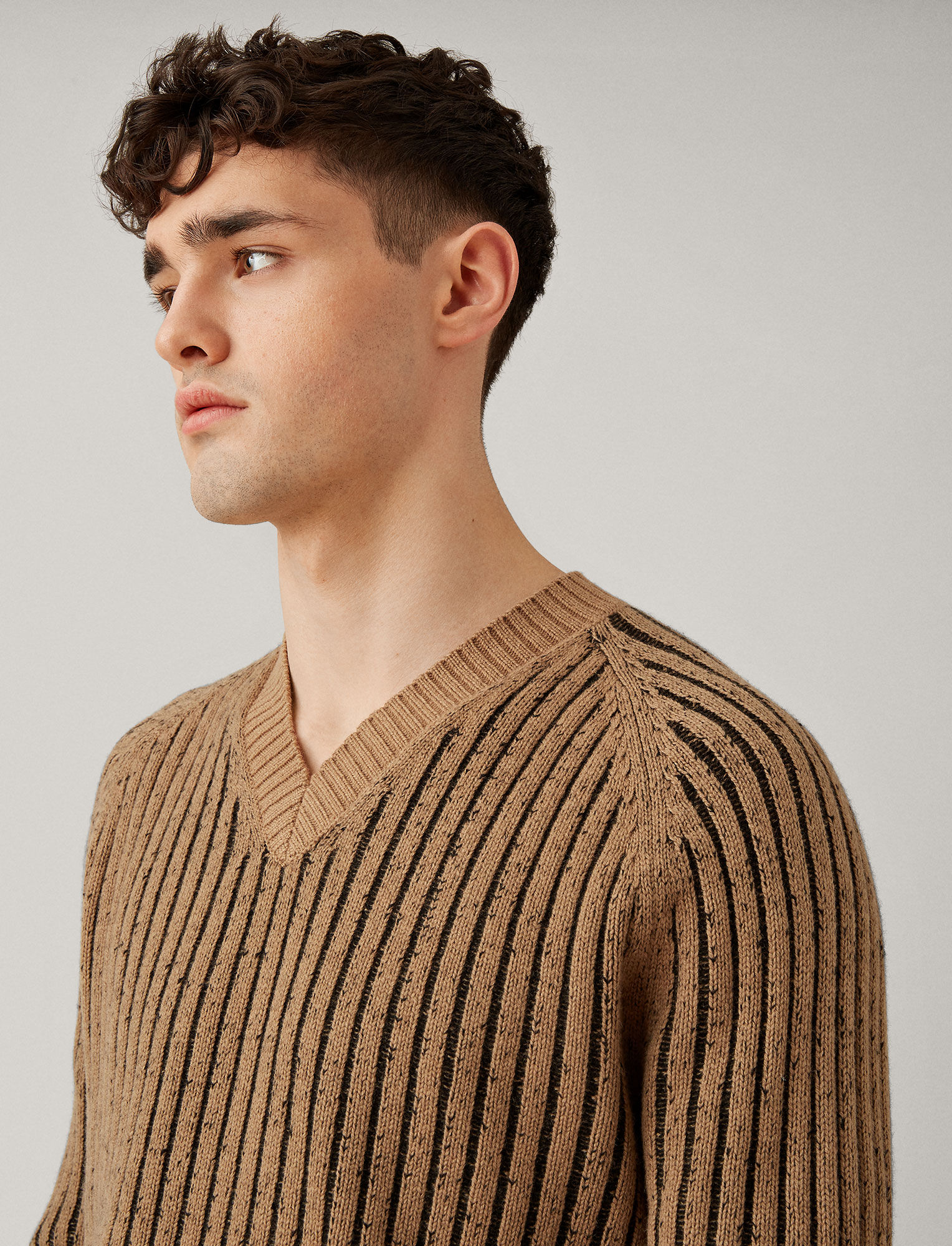 Joseph, V Neck Soft Wool Block Knit, in CAMEL/BLACK