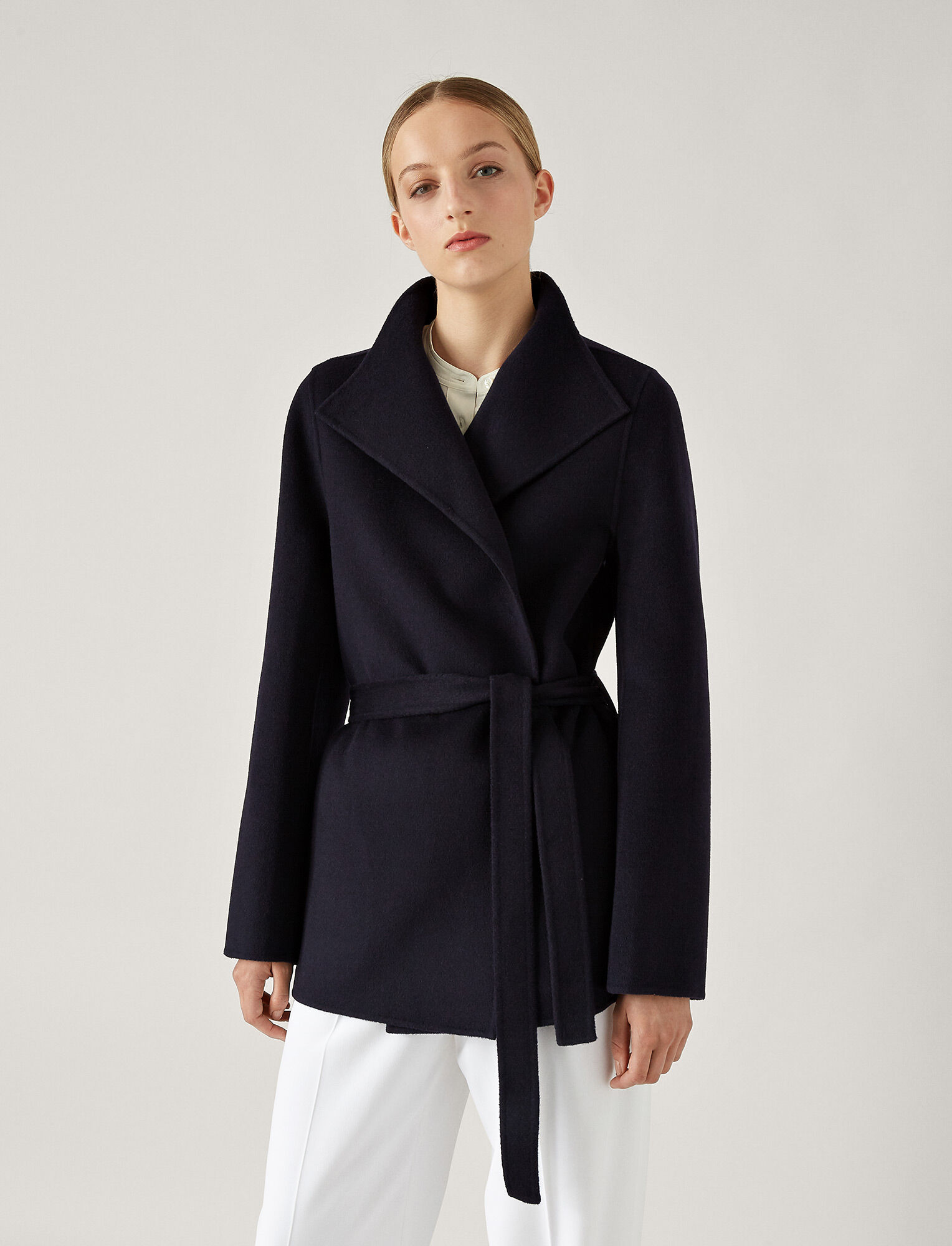 Joseph, Manteau court Lima en double cachemeire, in NAVY