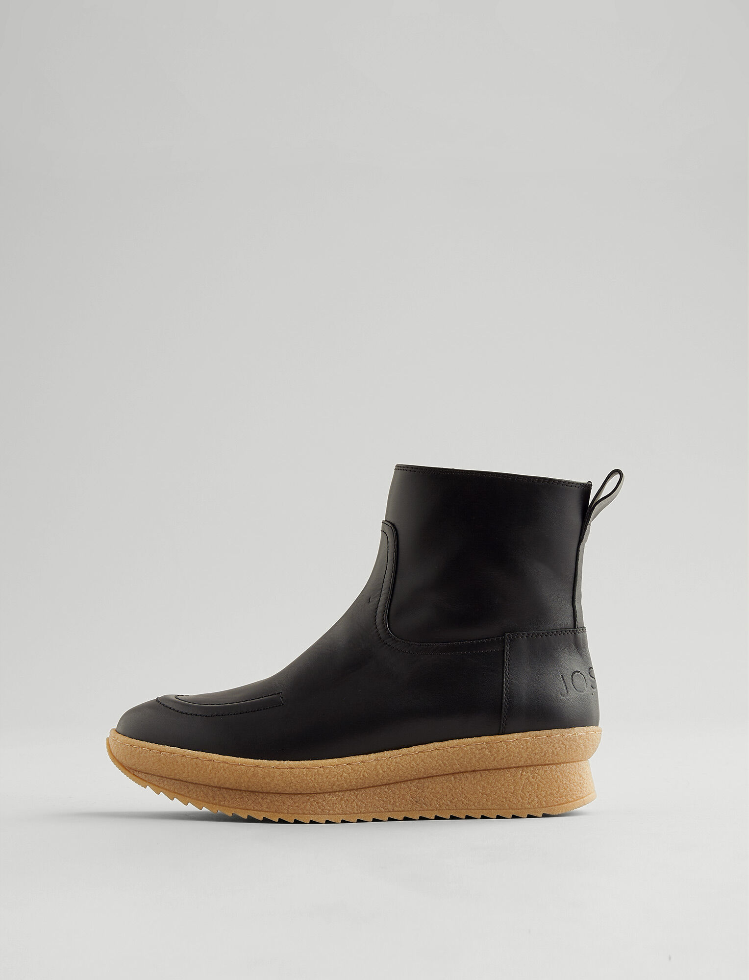 Joseph, New Eva Mugello Boot, in BLACK