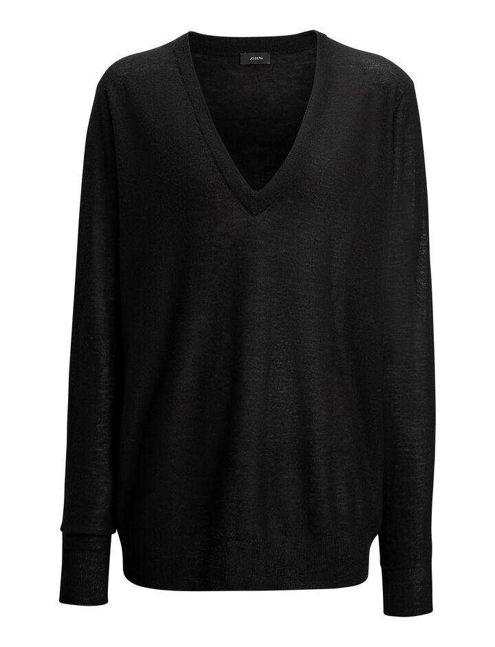 Joseph, Pull col en V en cashair, in BLACK