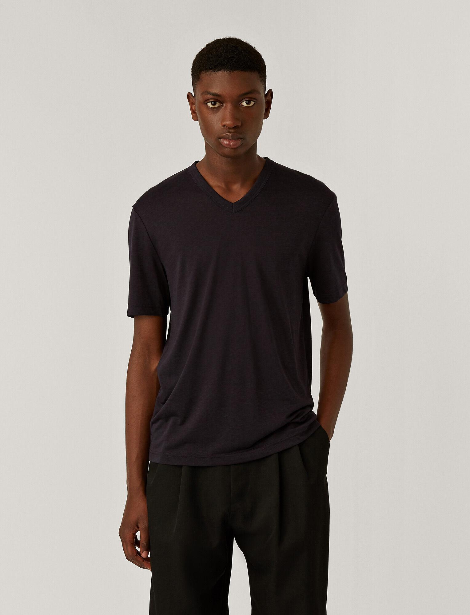 Joseph, Tee-shirt col V en jersey de lyocell, in NAVY