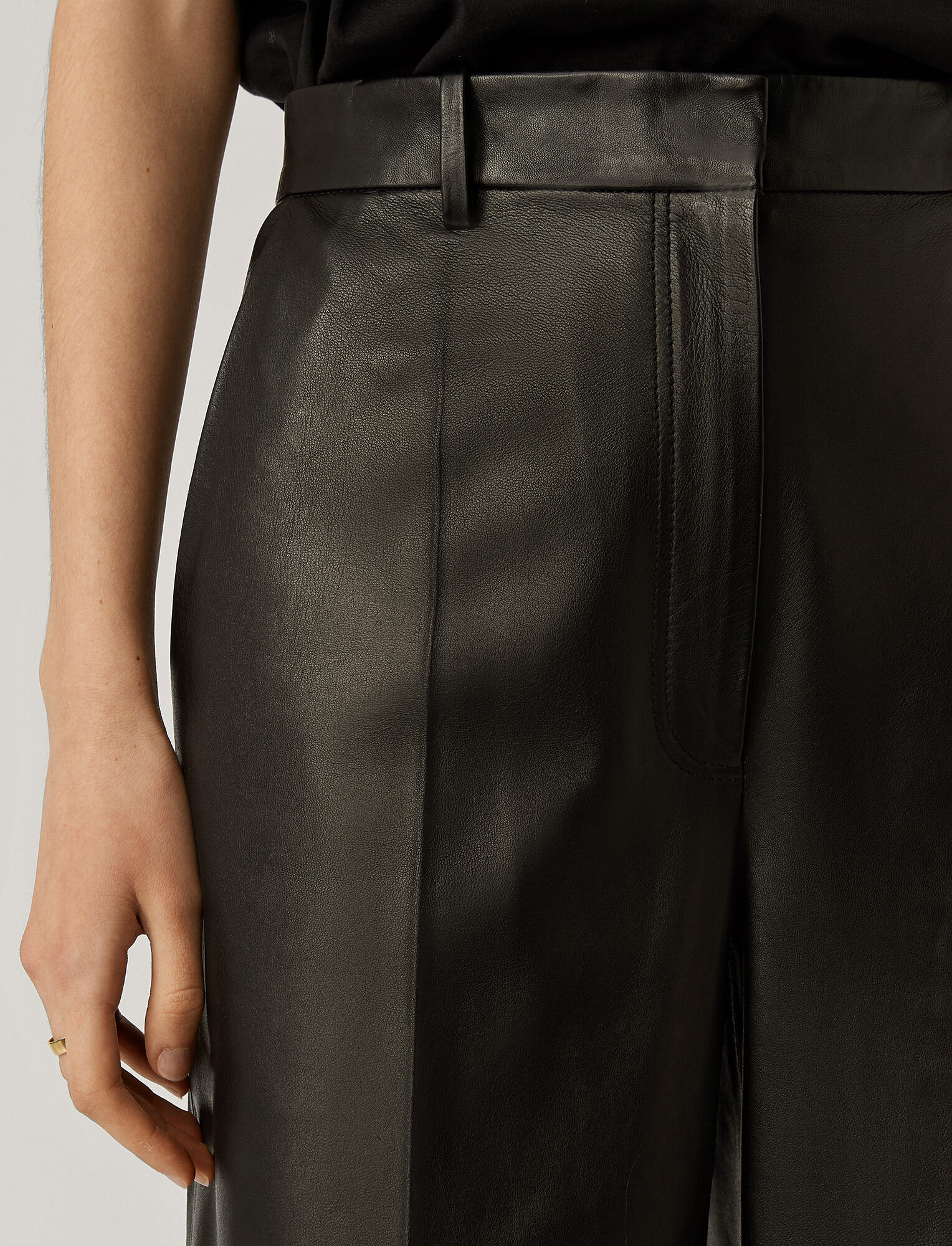 Joseph, Tuba Nappa Leather Bottom, in Black