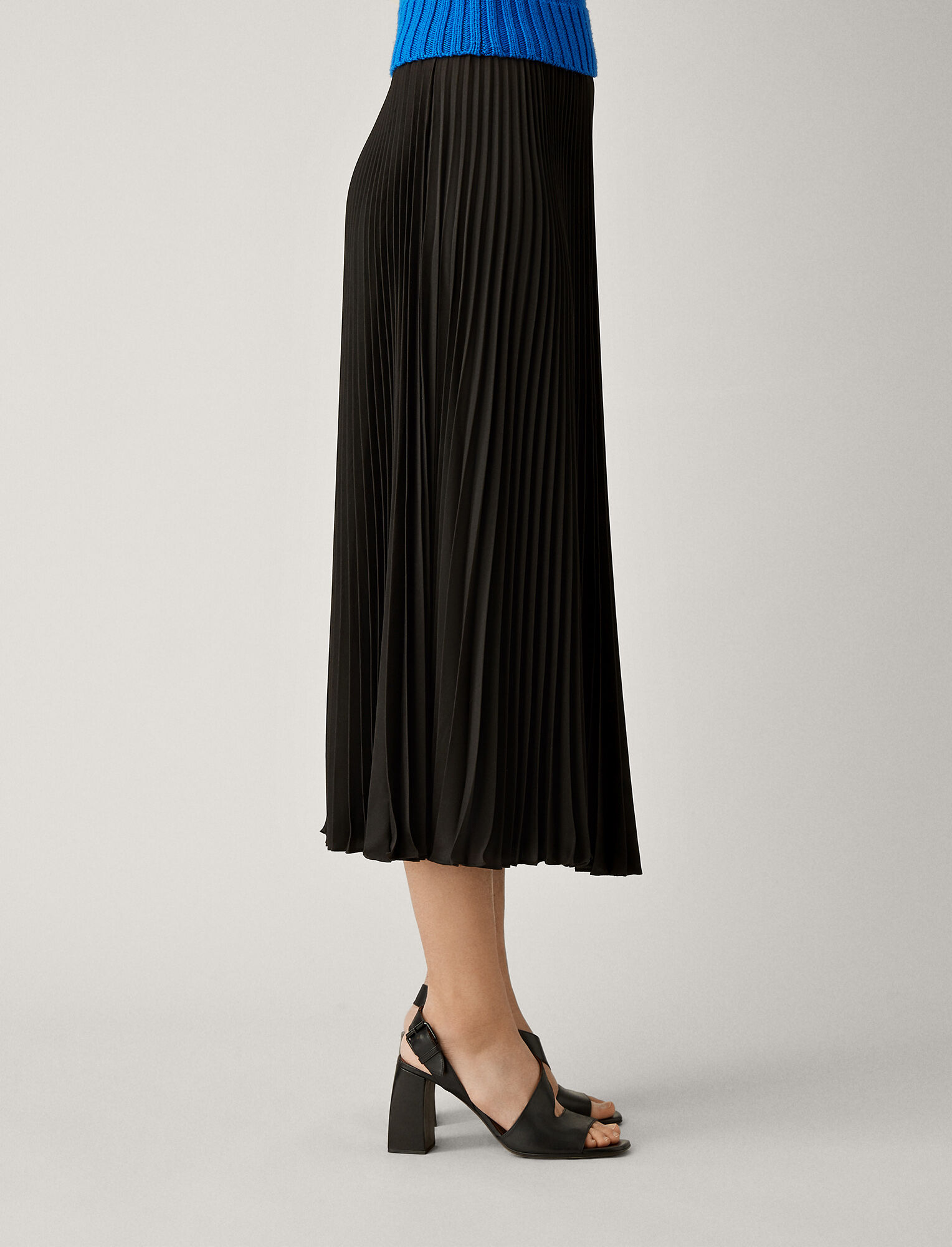 Joseph, Abbot Pleated Toile Skirt, in BLACK