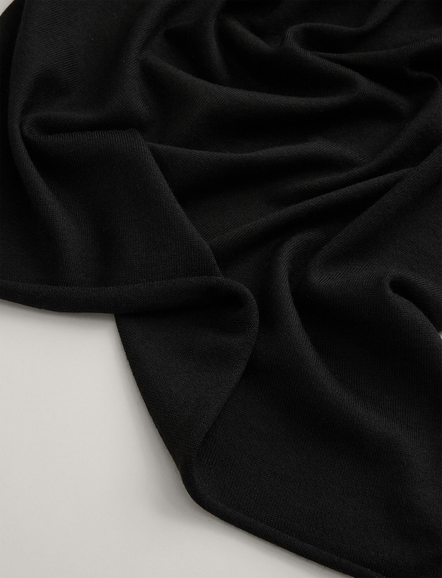 Joseph, Silk Merinos Scarf, in BLACK
