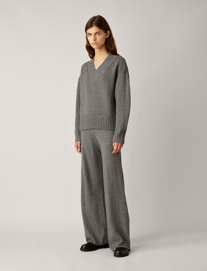 Joseph, V Neck Wool Cashmere Knit, in DARK GREY