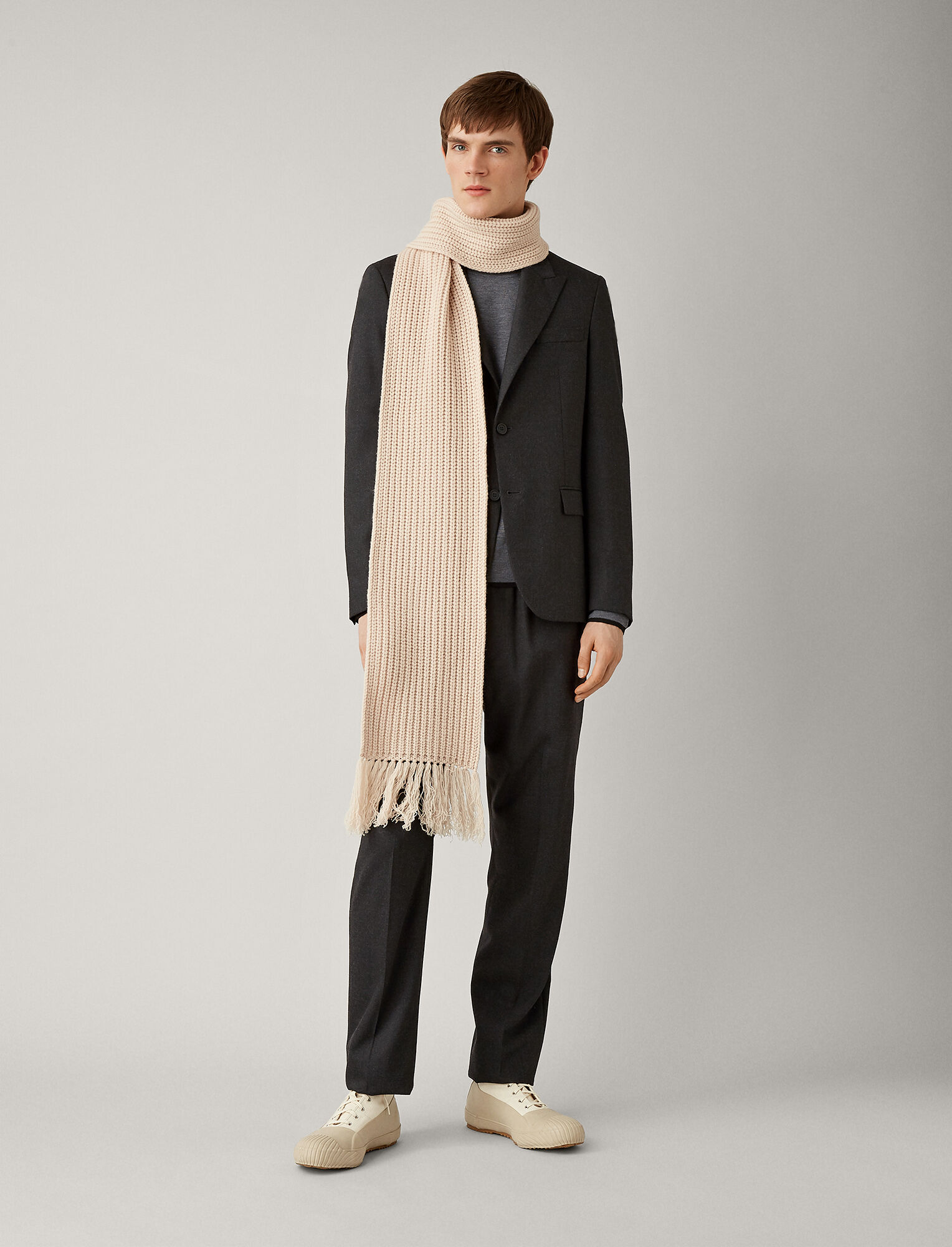 Joseph, Cannes Flannel Stretch Jacket, in CHARCOAL