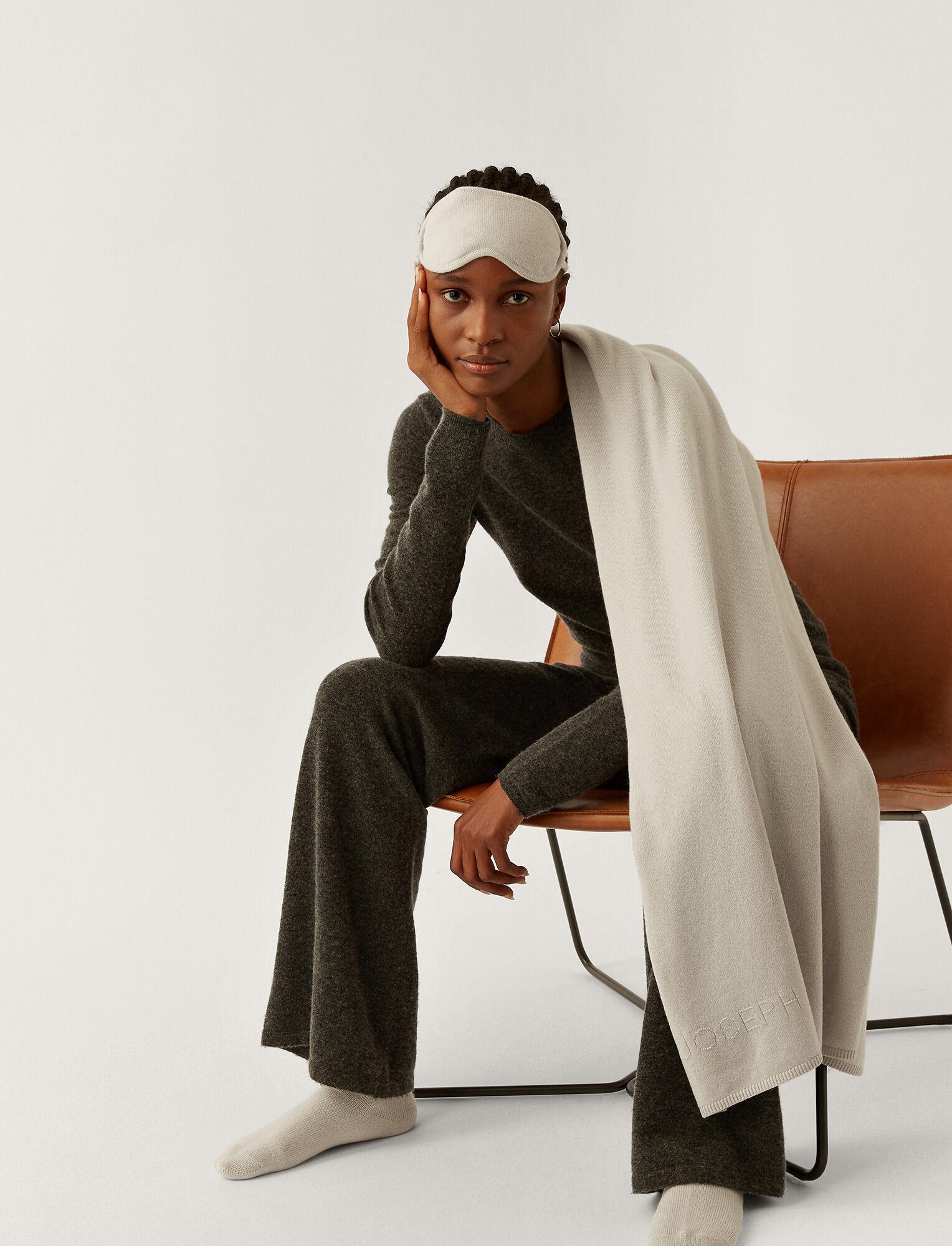 Joseph, Pure Cashmere Luxe Set, in SILVER