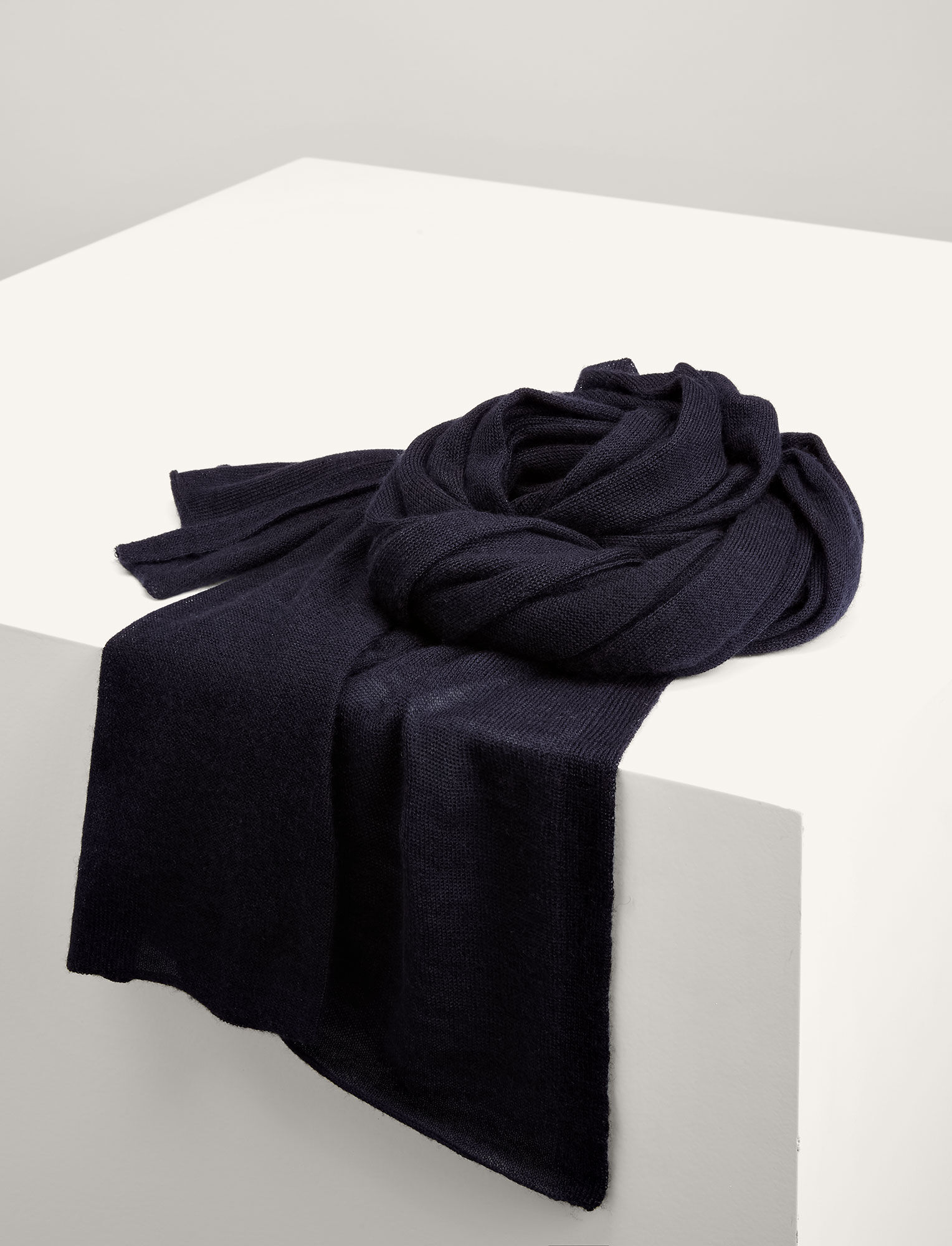Joseph, Tube Cashair Scarf, in NAVY