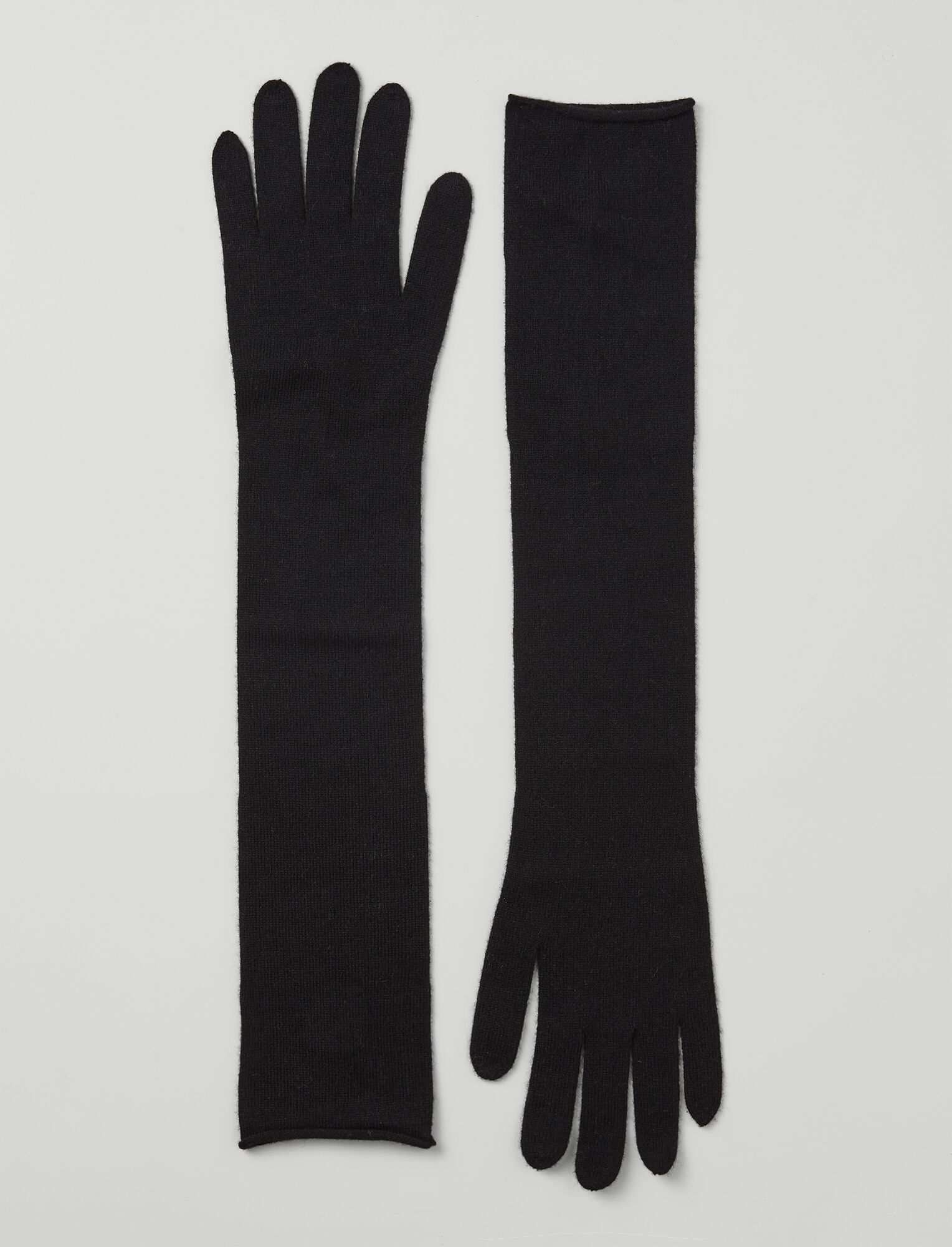 Joseph, Mongolian Cashmere Gloves, in BLACK