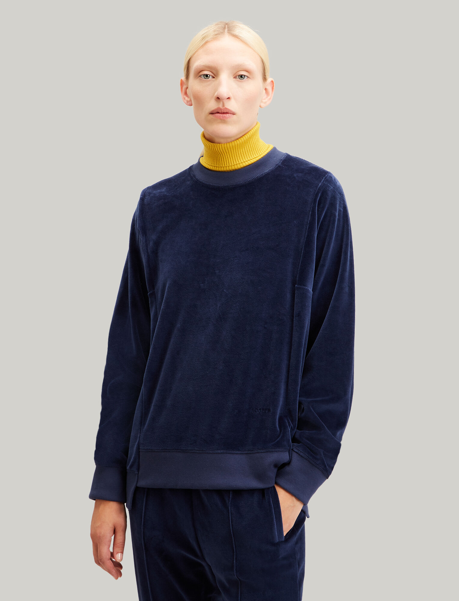 Joseph, Sweatshirt Velours Jersey, in NAVY
