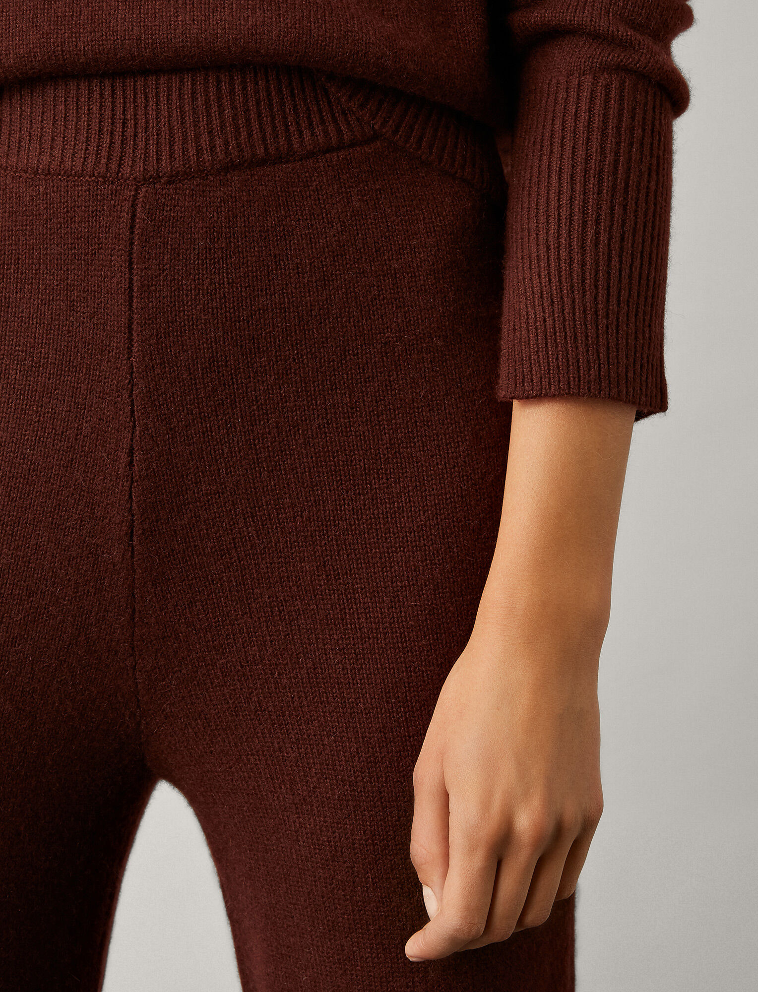 Joseph, Pure Cashmere Knit Trousers, in MAROON