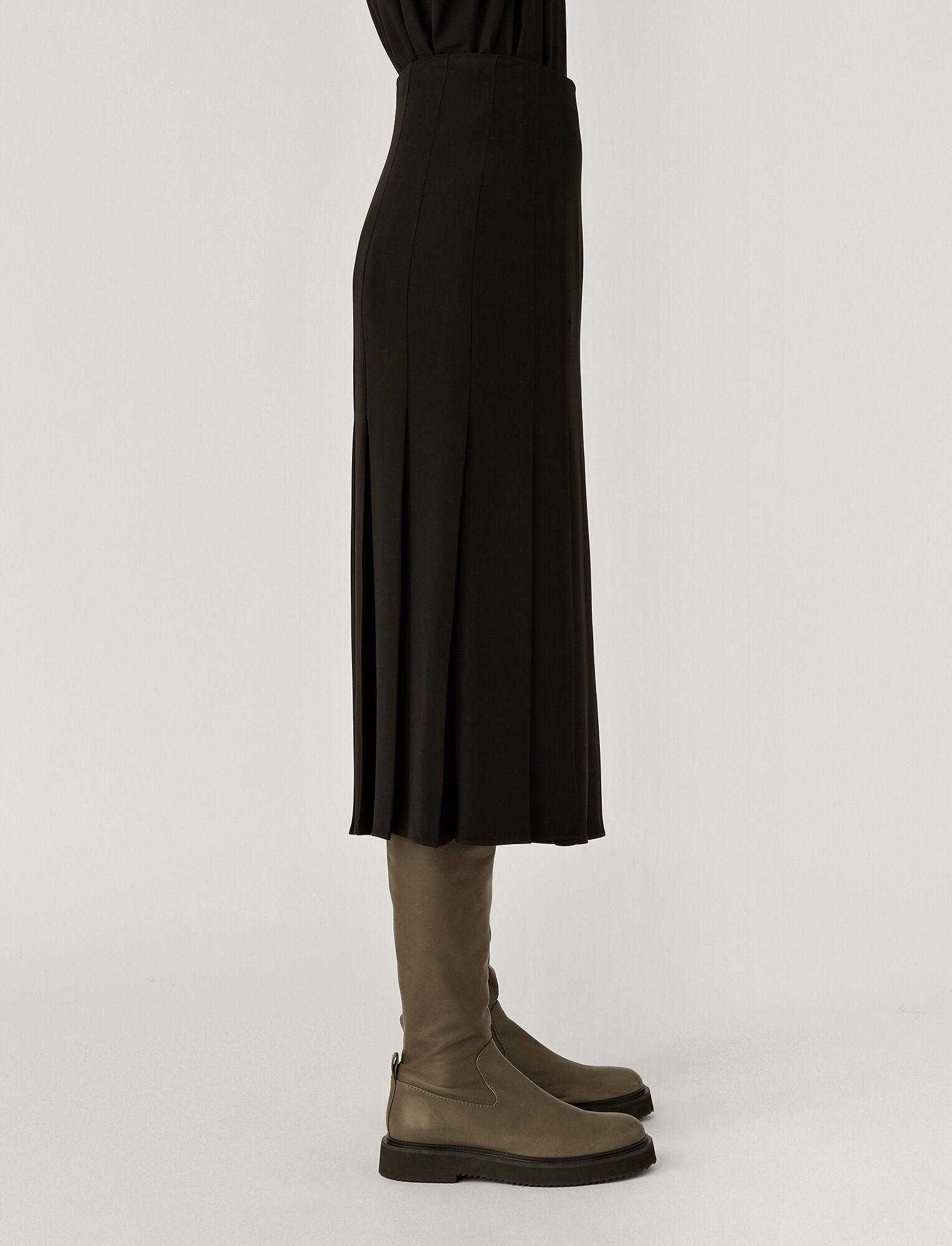 Joseph, Saria Heavy Silk Skirt, in Black