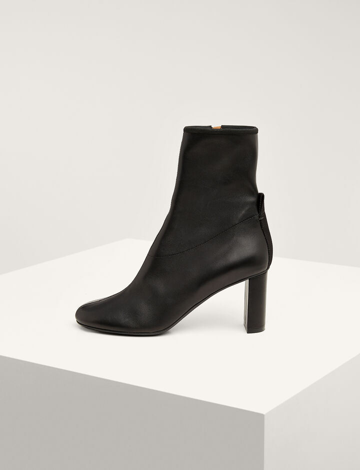 Joseph, Frida Block Heel Ankle Boot, in BLACK