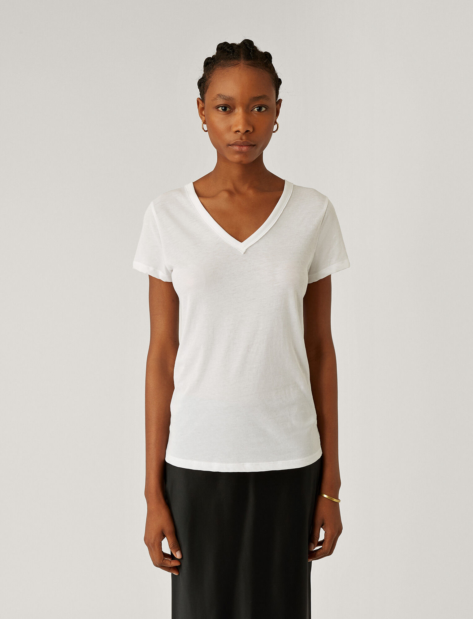 Joseph, V Neck Light Cotton Jersey Tee, in WHITE