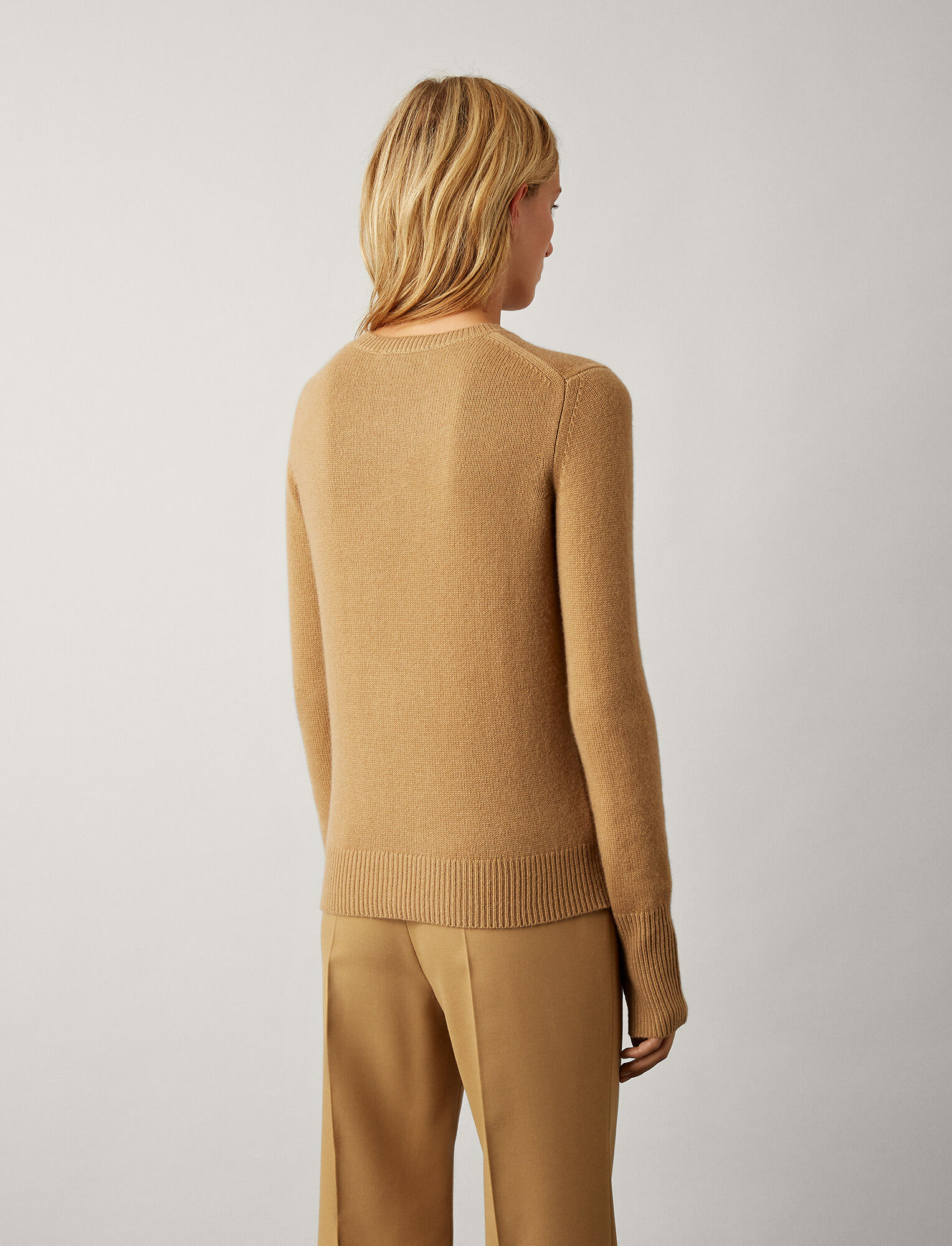 Joseph, Pure Cashmere Knit, in CAMEL