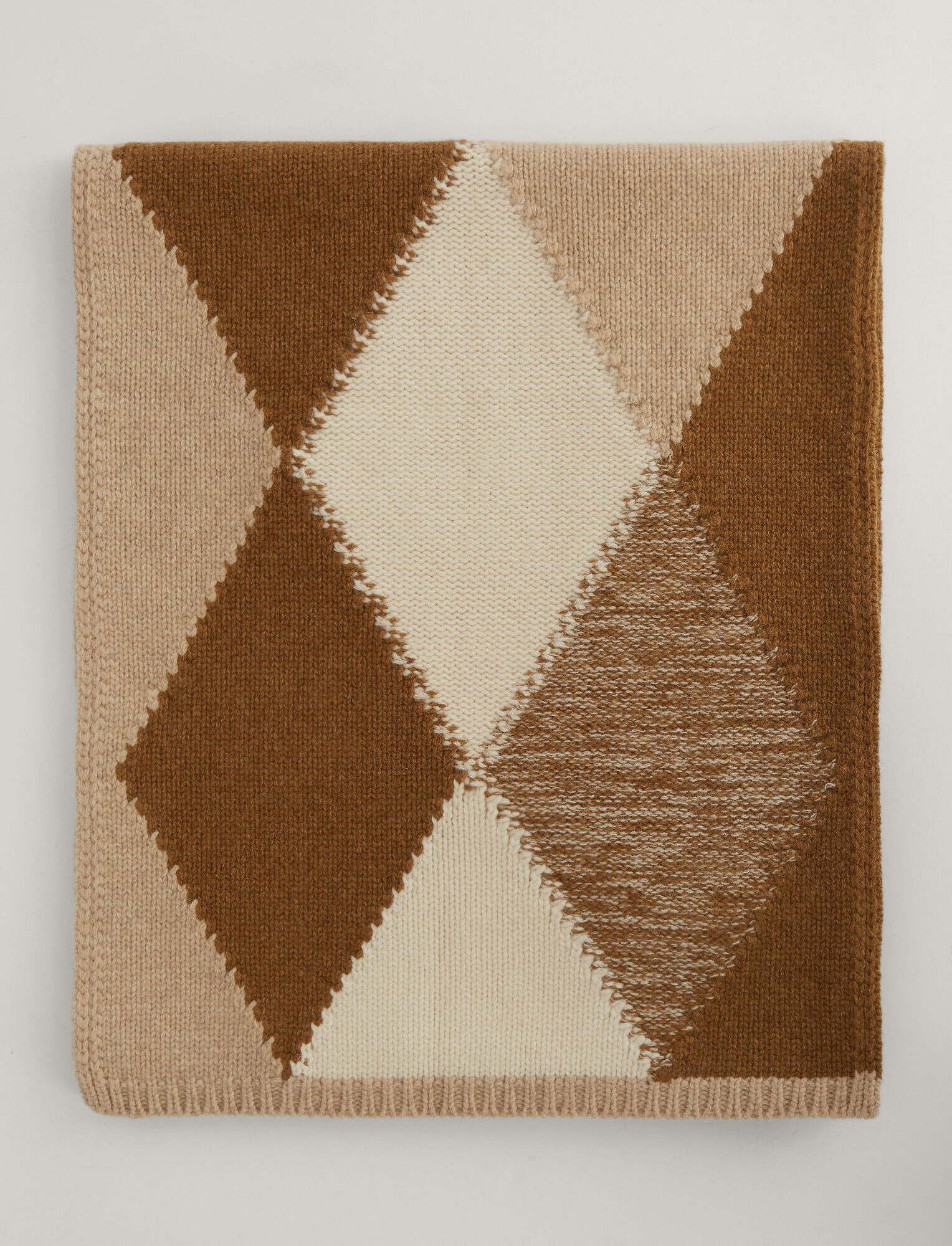 Joseph, Scarf Diamond Knit, in Linen Combo