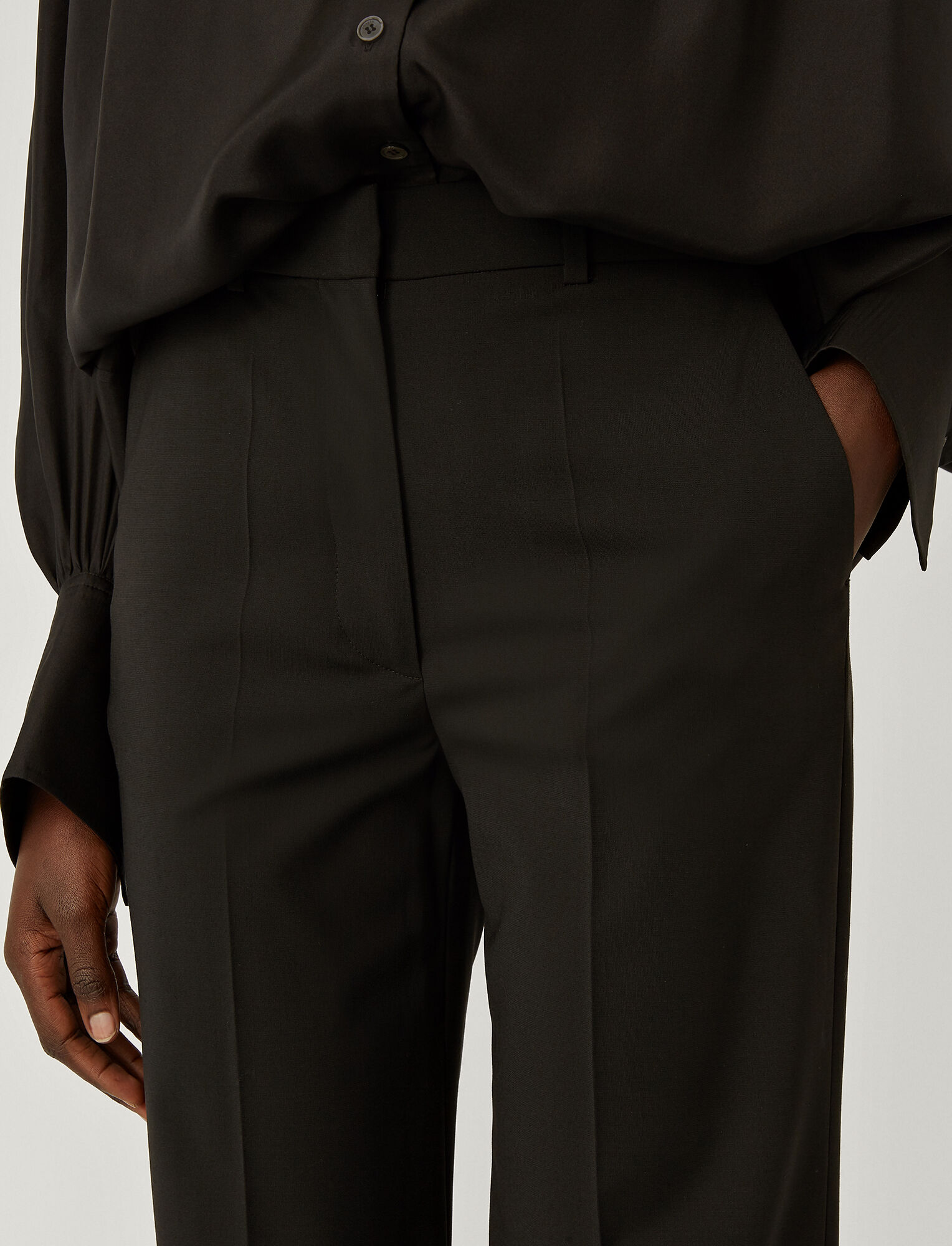 Joseph, Light Wool Suiting Morissey Trousers, in BLACK