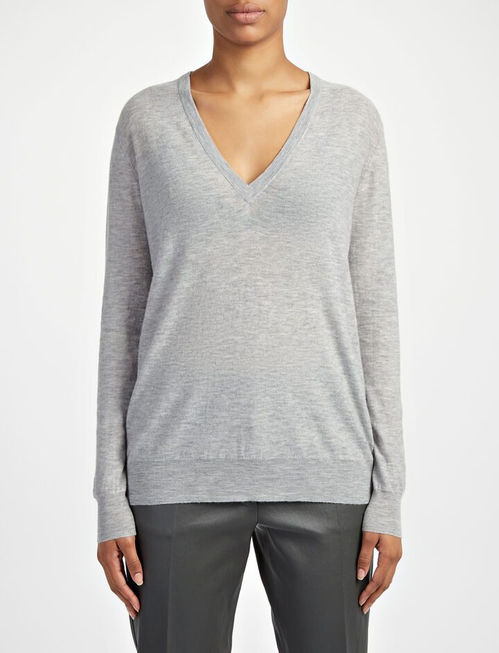 Joseph, Cashair V Neck Sweater, in CONCRETE