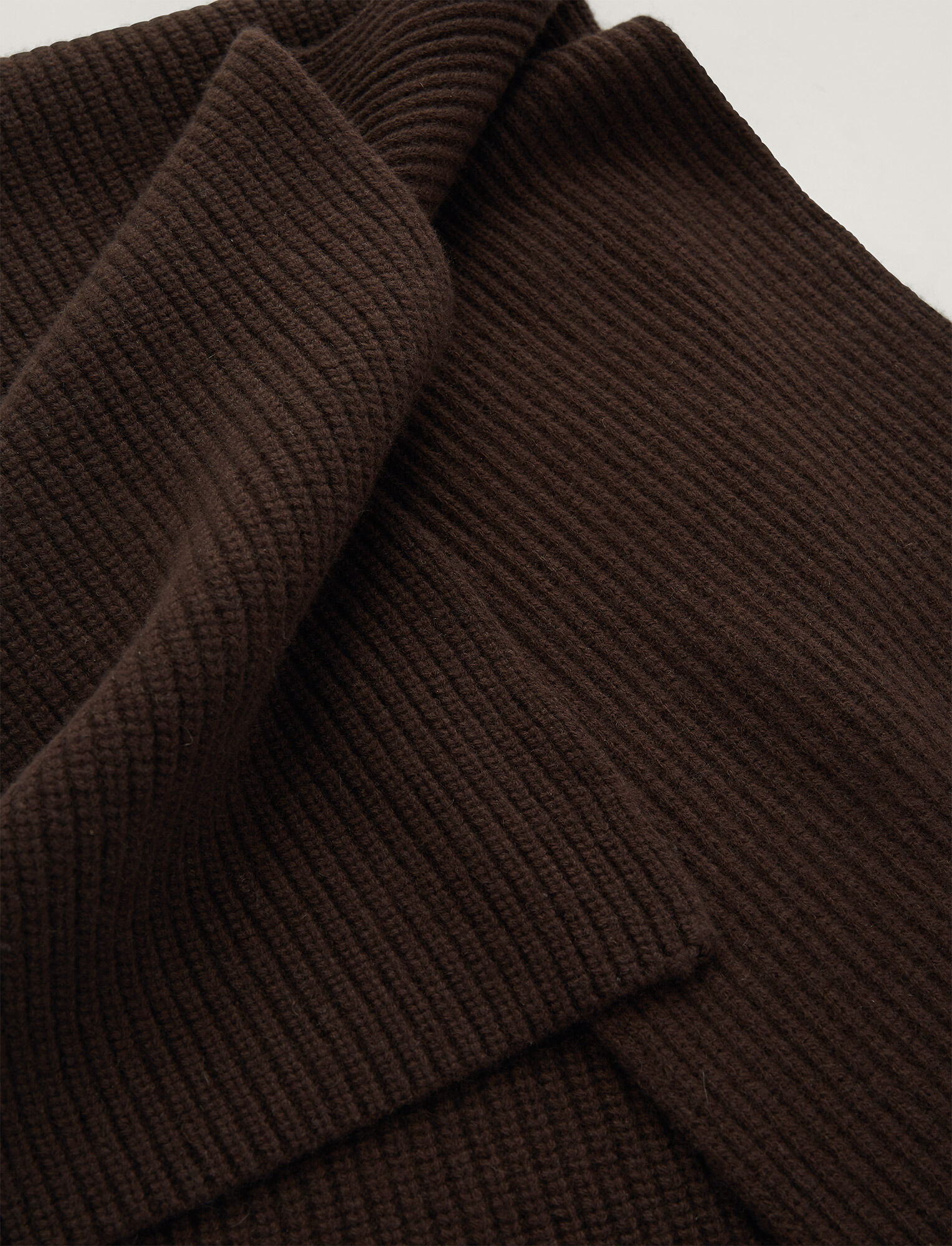 Joseph, Luxe Cashmere Scarf, in Chocolate