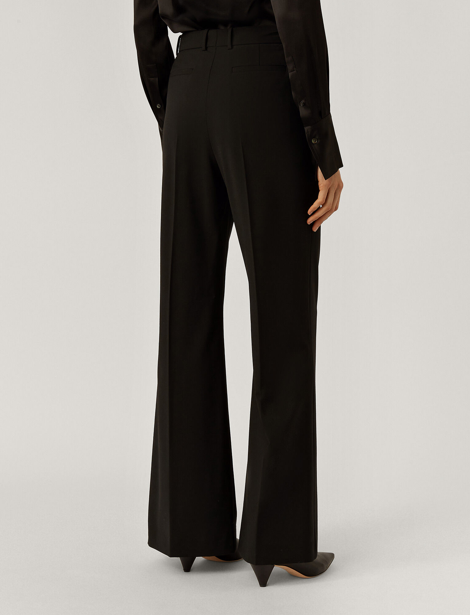 Joseph, Tambi Light Wool Trousers, in Black